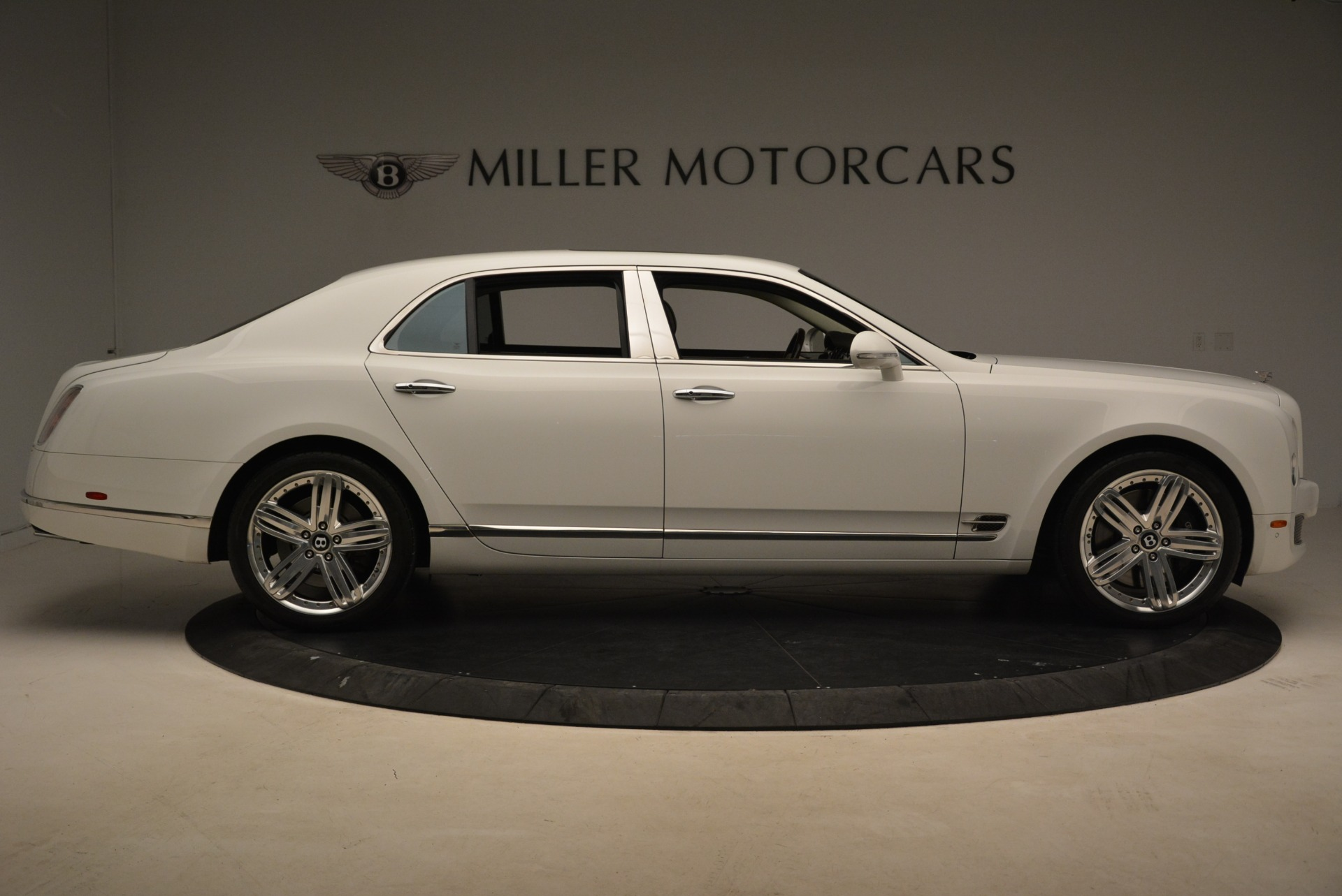 Used 2013 Bentley Mulsanne  For Sale In Westport, CT 2230_p6
