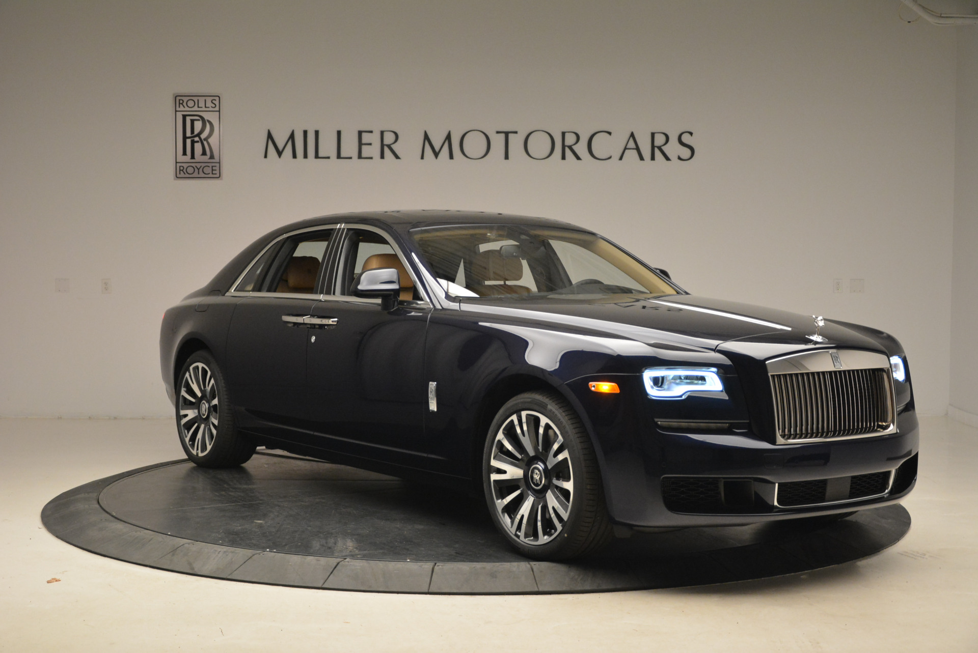 Used 2018 Rolls-Royce Ghost  For Sale In Westport, CT 2231_p12