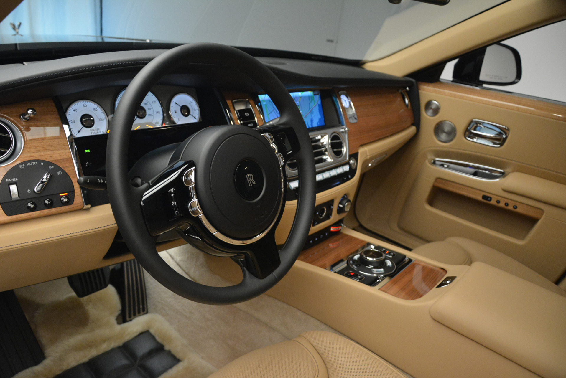Used 2018 Rolls-Royce Ghost  For Sale In Westport, CT 2231_p17