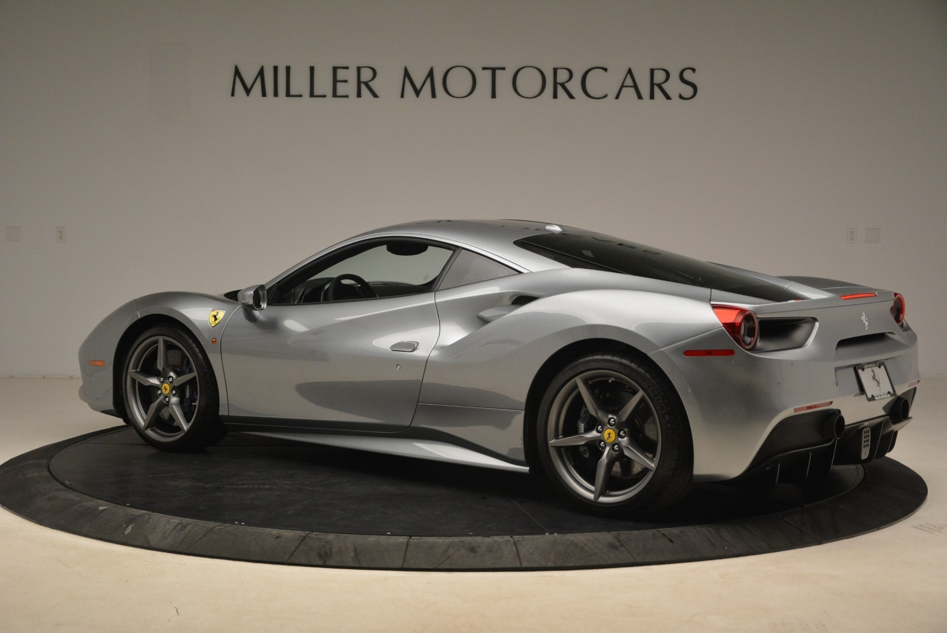 Used 2017 Ferrari 488 GTB  For Sale In Westport, CT 2235_p4