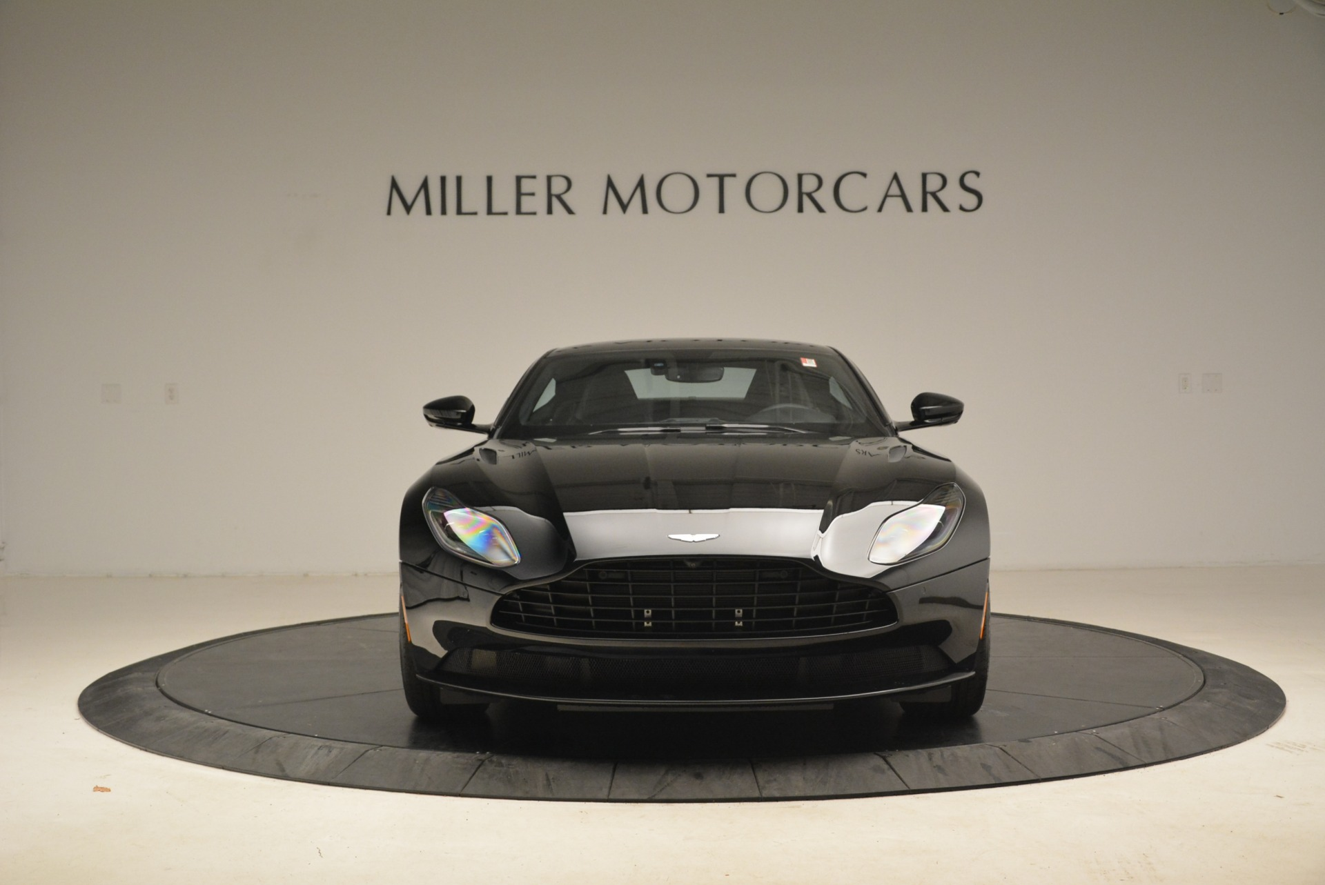 Used 2018 Aston Martin DB11 V8 Coupe For Sale In Westport, CT 2237_p12