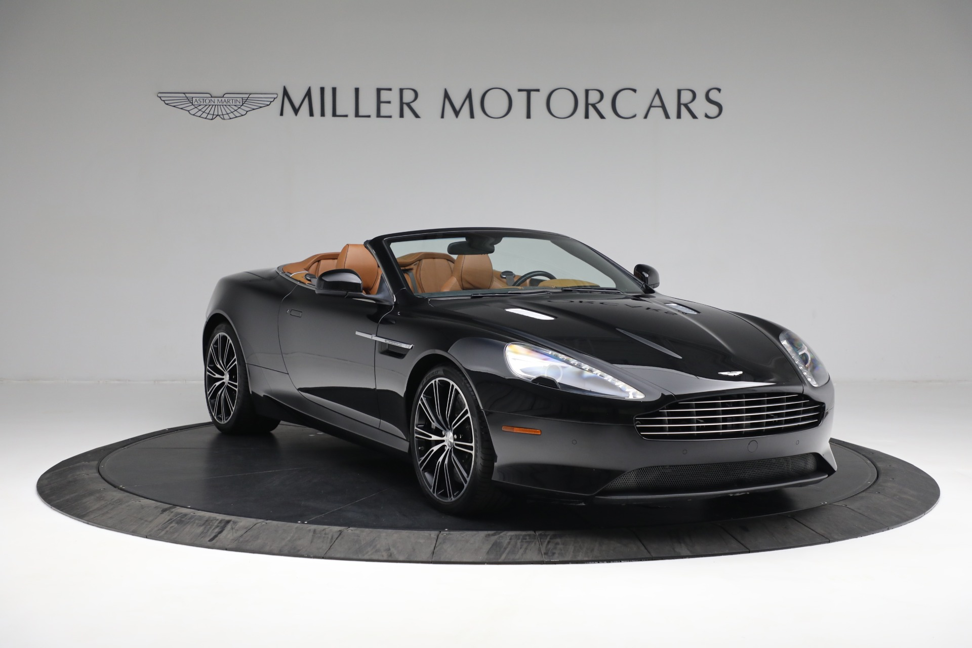 Used 2012 Aston Martin Virage Volante For Sale In Westport, CT 2244_p11