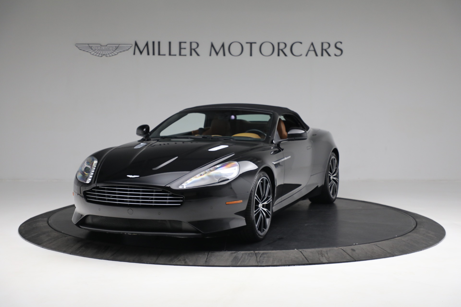 Used 2012 Aston Martin Virage Volante For Sale In Westport, CT 2244_p14