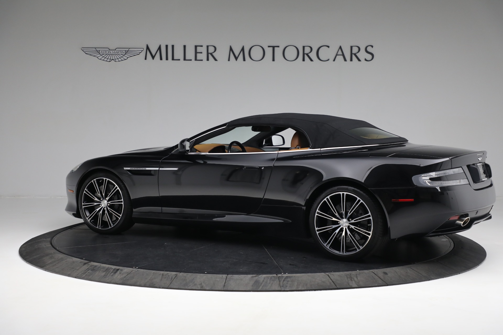 Used 2012 Aston Martin Virage Volante For Sale In Westport, CT 2244_p17