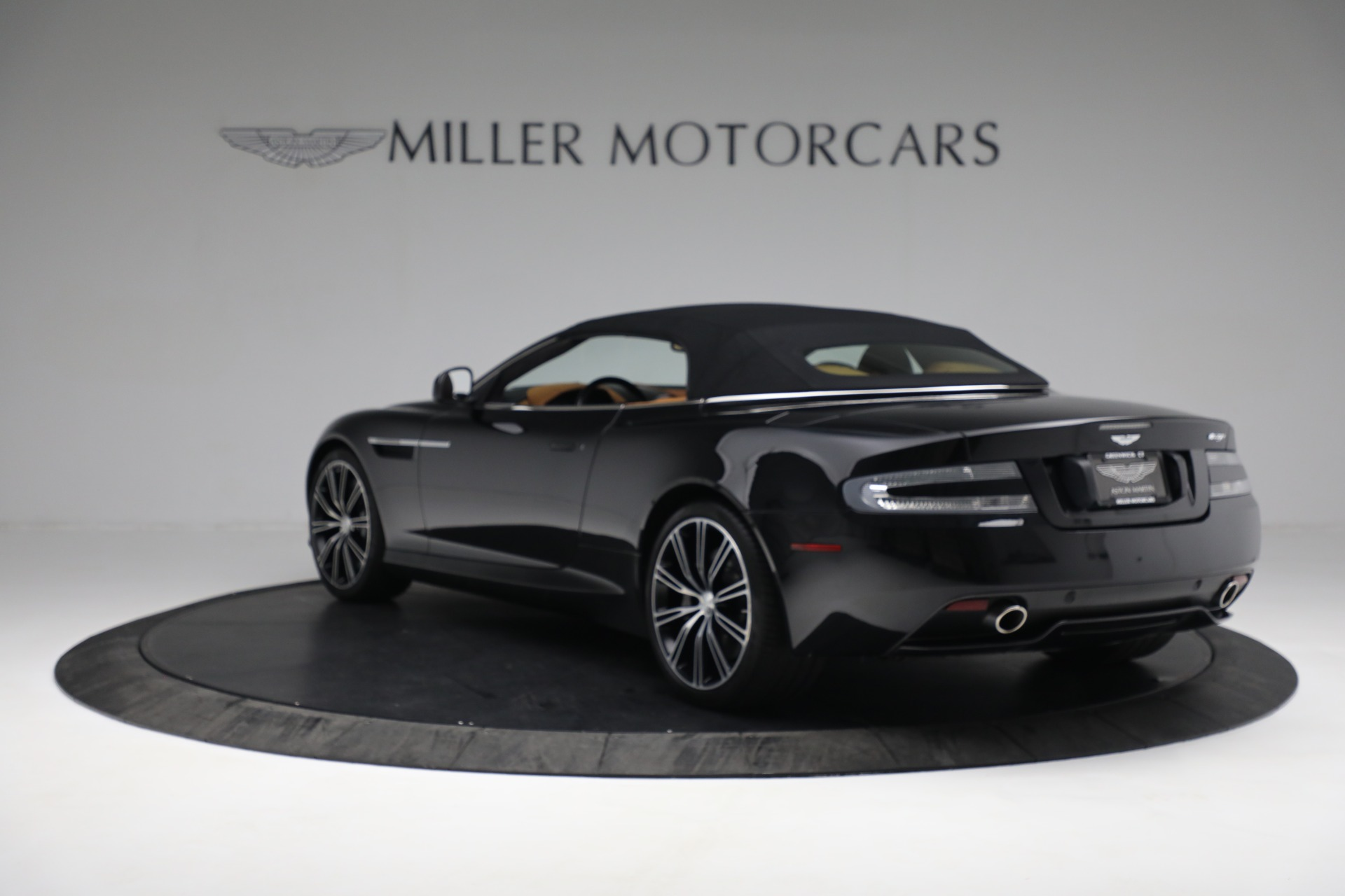 Used 2012 Aston Martin Virage Volante For Sale In Westport, CT 2244_p18