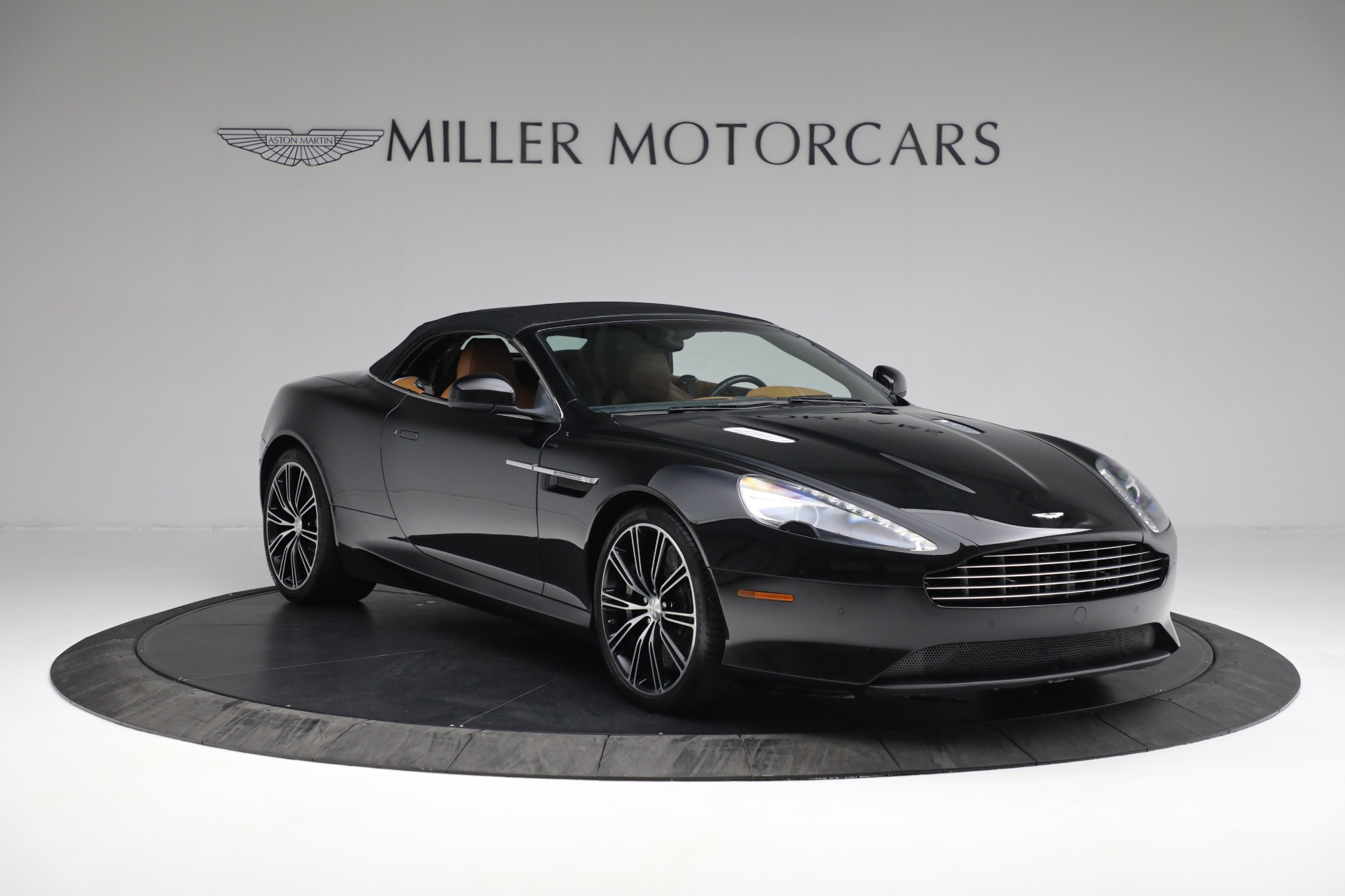 Used 2012 Aston Martin Virage Volante For Sale In Westport, CT 2244_p24