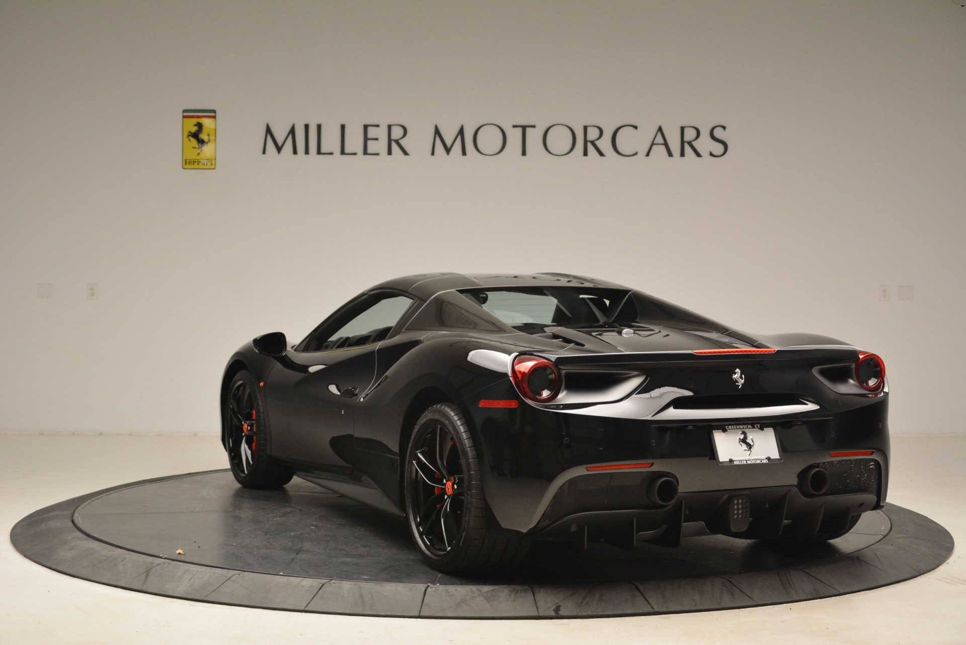 Used 2018 Ferrari 488 Spider  For Sale In Westport, CT 2245_p17