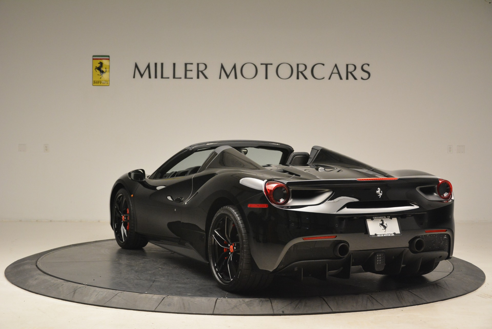 Used 2018 Ferrari 488 Spider  For Sale In Westport, CT 2245_p5