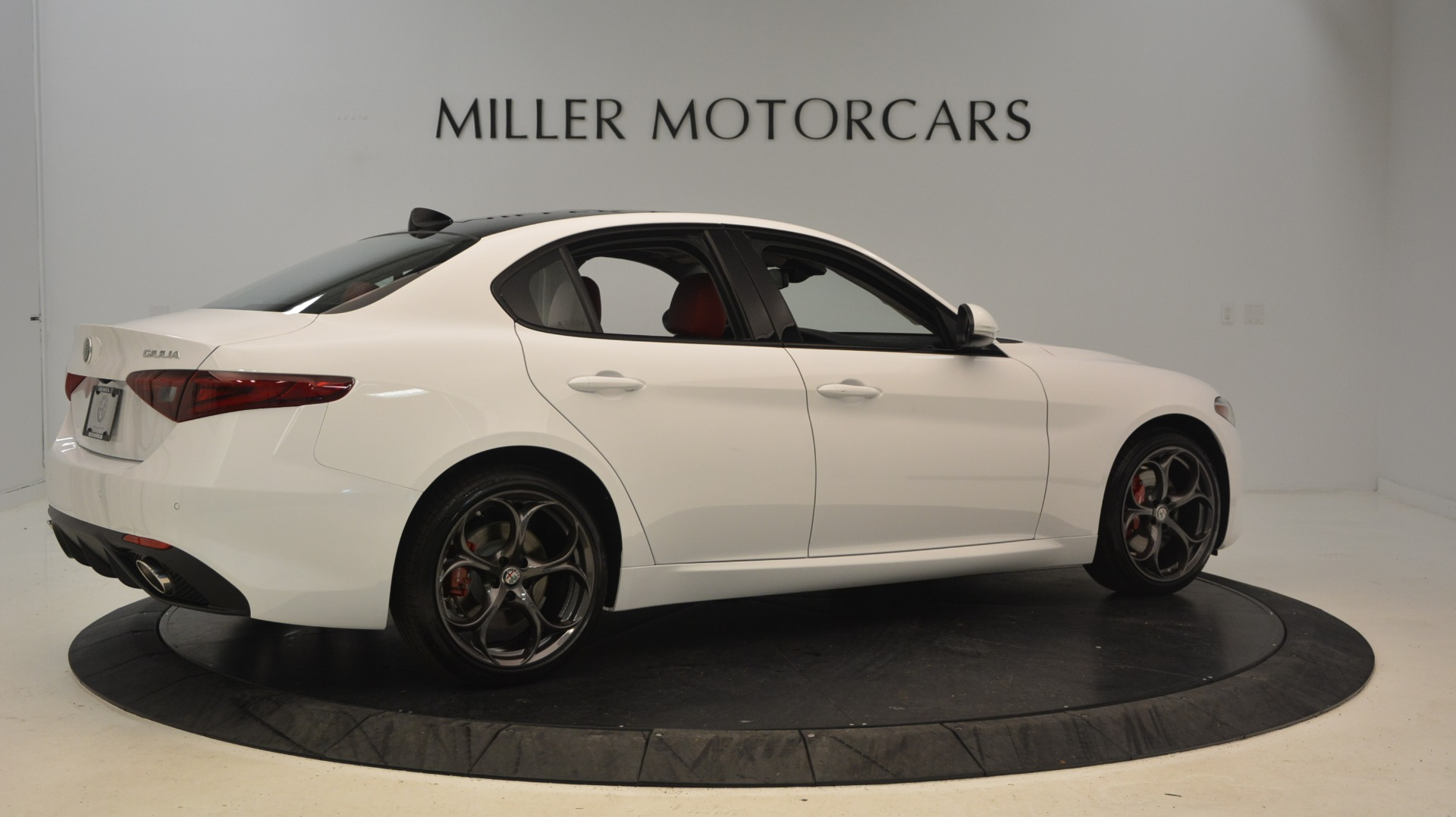 New 2018 Alfa Romeo Giulia Ti Sport Q4 For Sale In Westport, CT 2249_p8