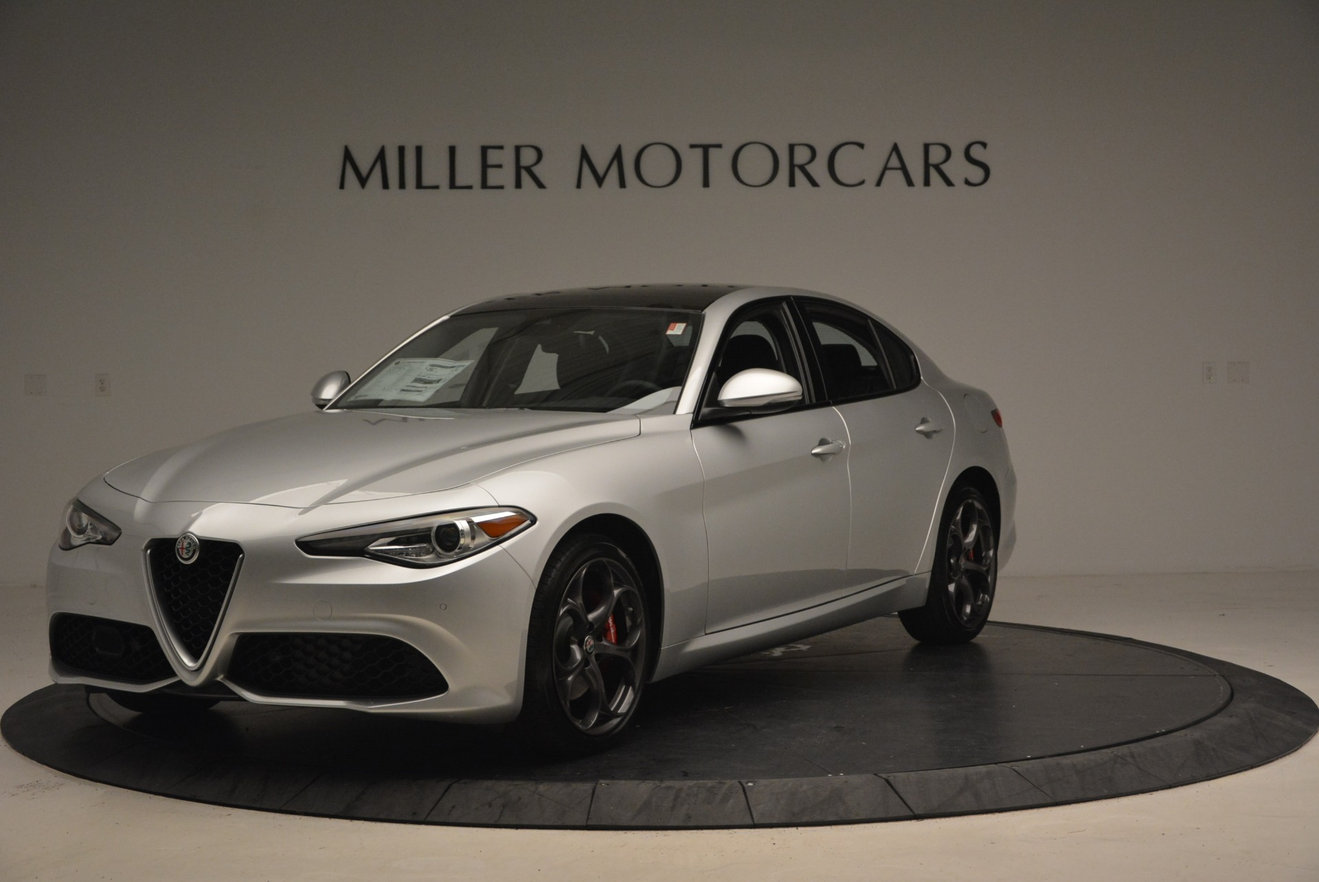 New 2018 Alfa Romeo Giulia Ti Sport Q4 For Sale In Westport, CT 2250_main