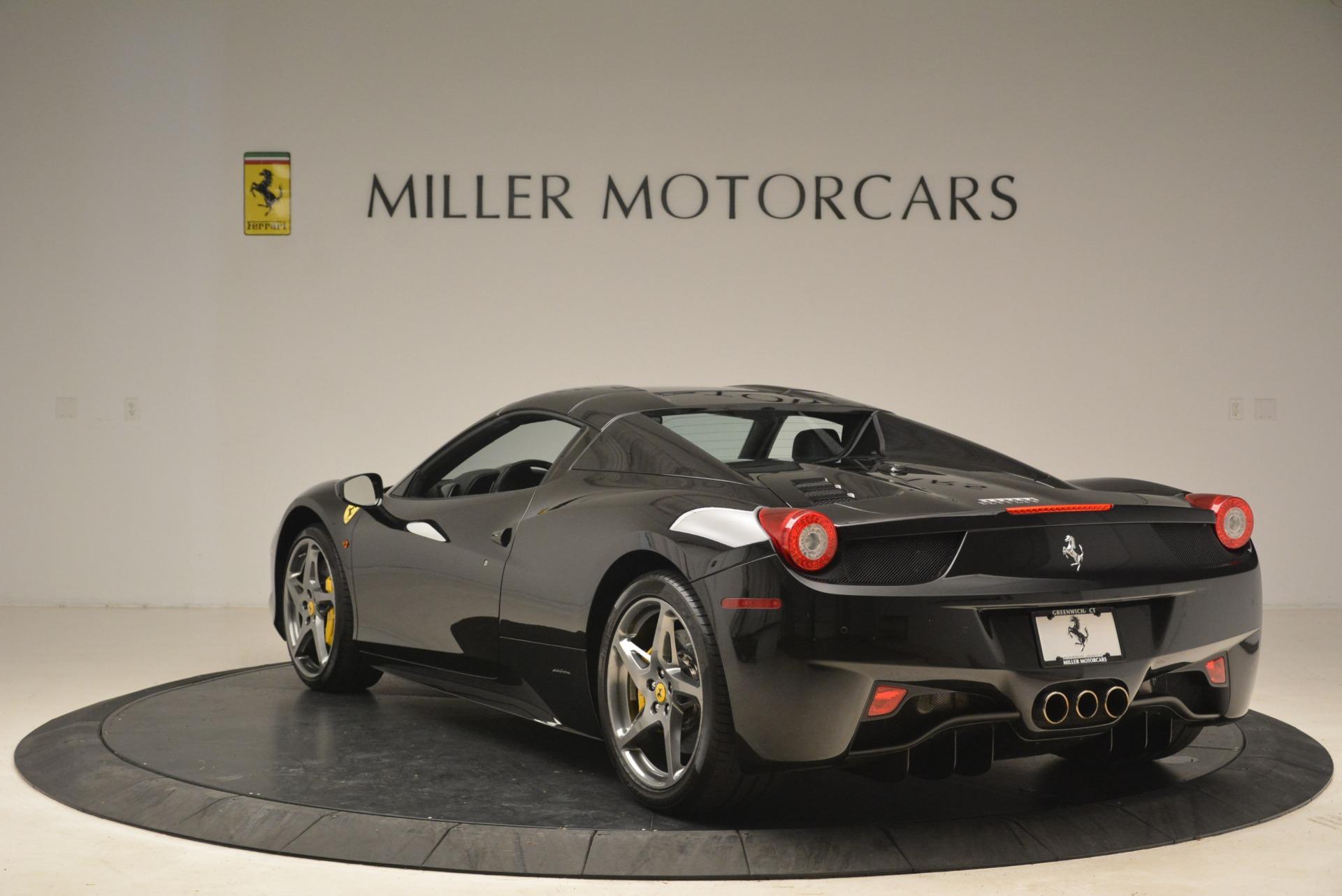 Used 2013 Ferrari 458 Spider  For Sale In Westport, CT 2257_p17