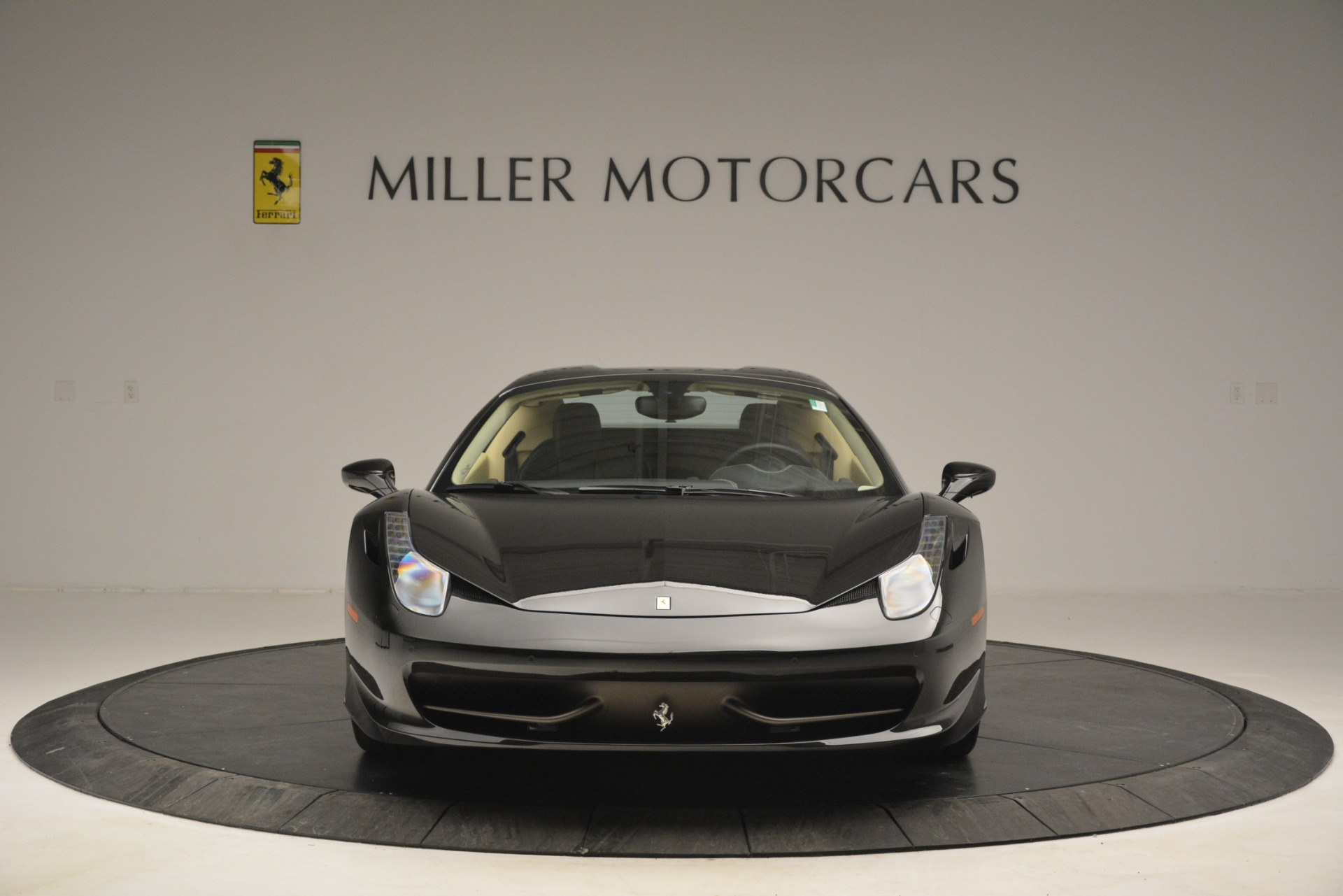 Used 2014 Ferrari 458 Spider  For Sale In Westport, CT 2258_p24