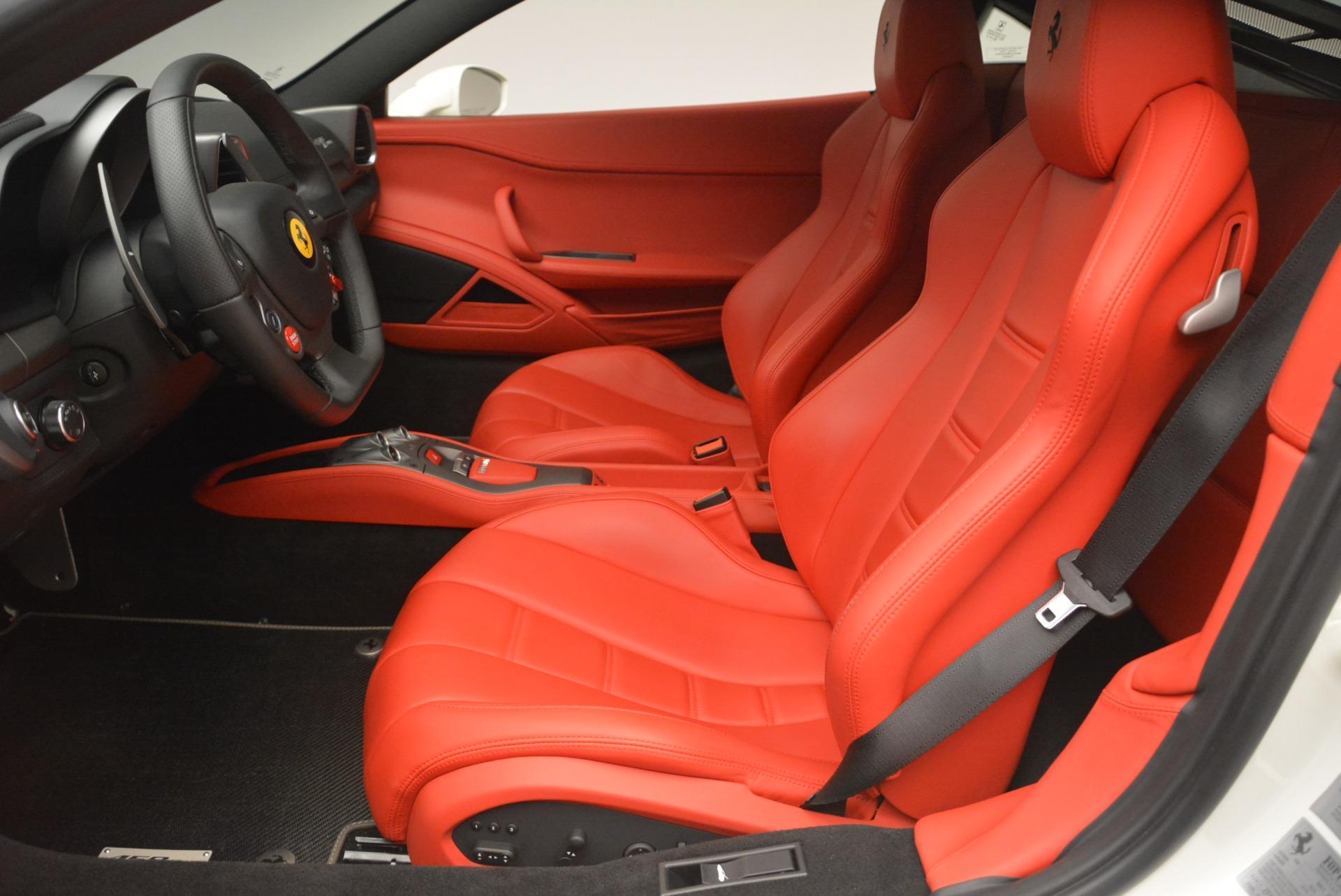 Used 2014 Ferrari 458 Italia  For Sale In Westport, CT 2260_p14