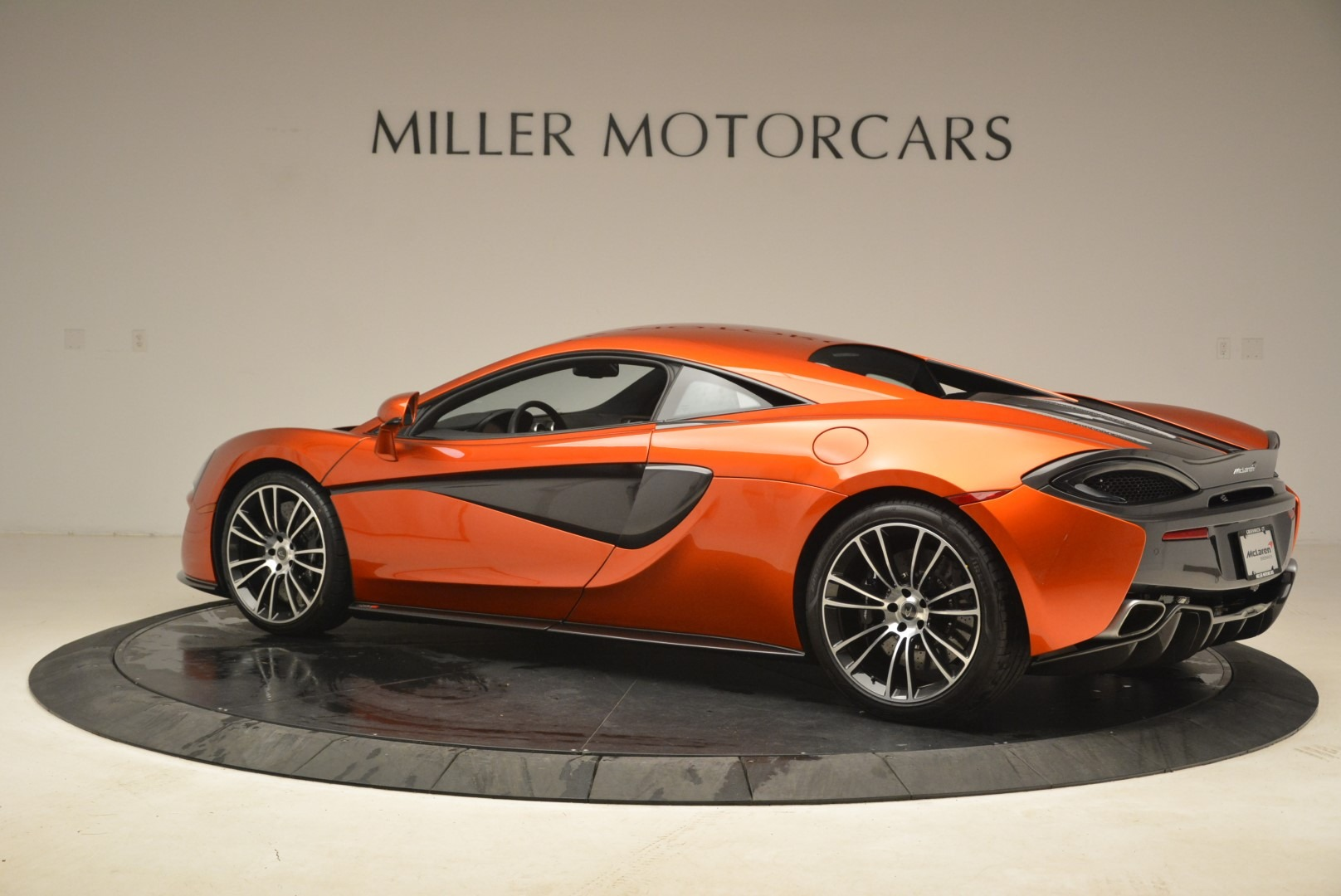 Used 2016 McLaren 570S  For Sale In Westport, CT 2261_p4
