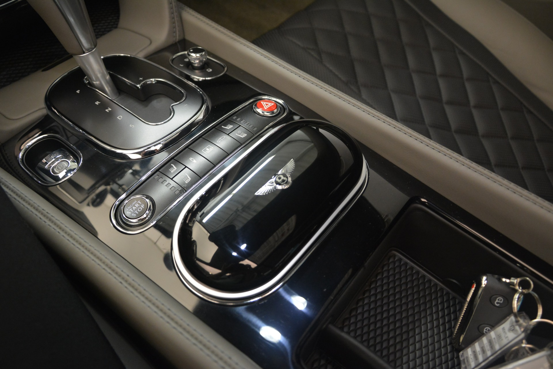 Used 2017 Bentley Flying Spur V8 S For Sale In Westport, CT 2263_p23