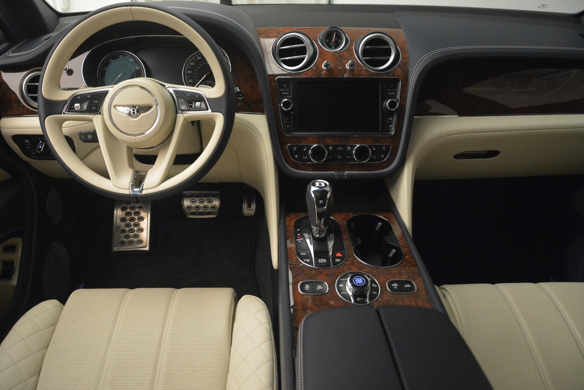 Used 2018 Bentley Bentayga W12 Signature For Sale In Westport, CT 2265_p22