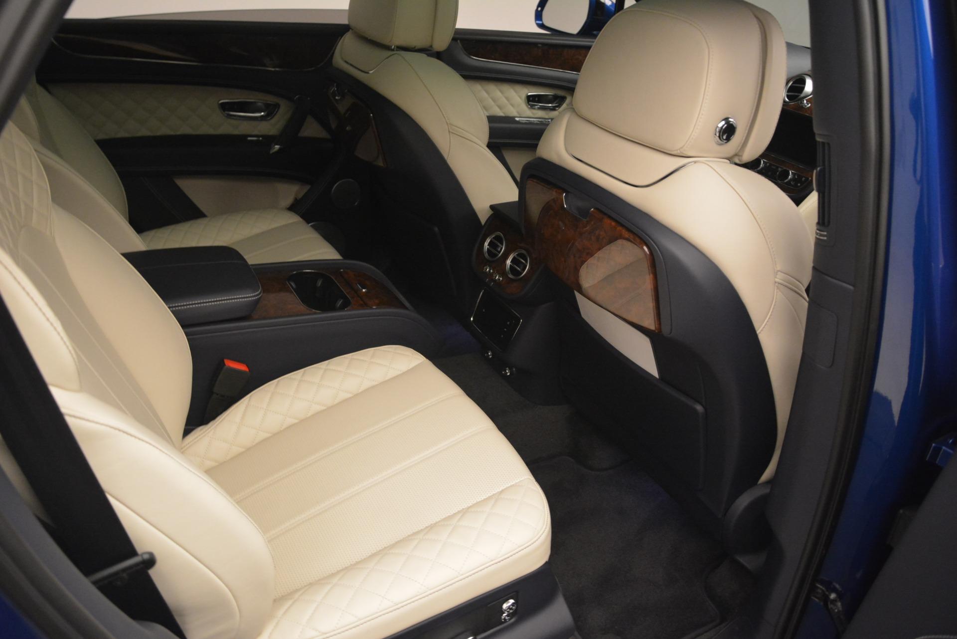 Used 2018 Bentley Bentayga W12 Signature For Sale In Westport, CT 2265_p26