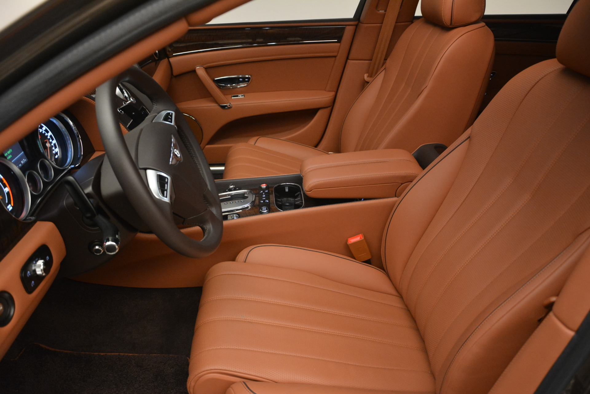 Used 2015 Bentley Flying Spur W12 For Sale In Westport, CT 2266_p18