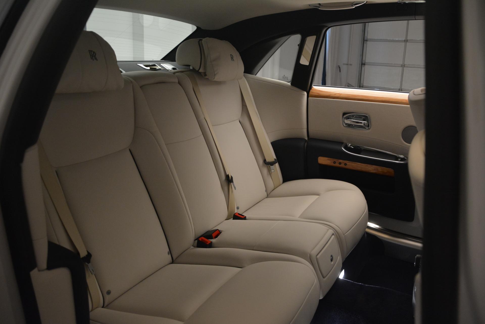 Used 2016 Rolls-Royce Ghost Series II  For Sale In Westport, CT 227_p25