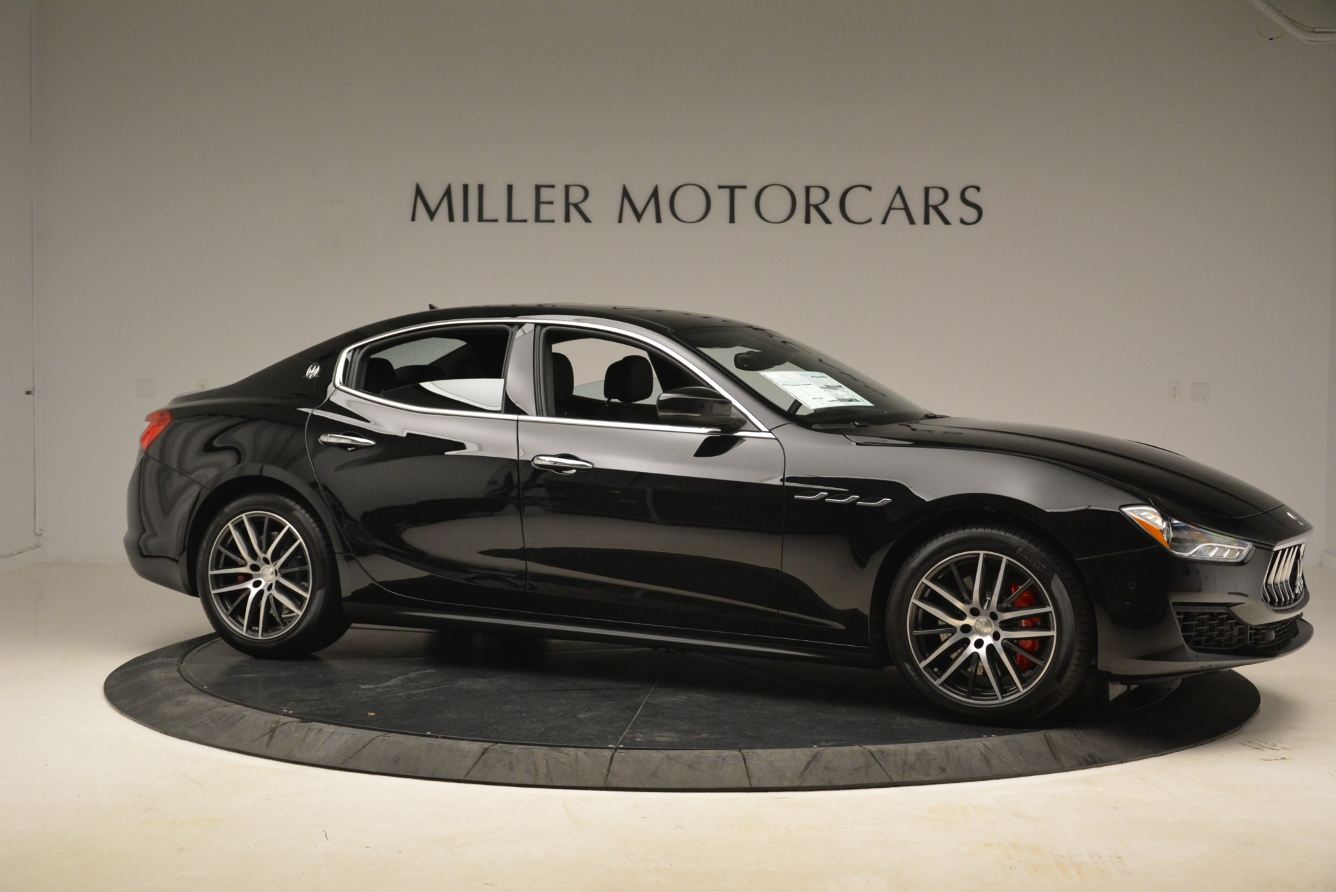 Used 2018 Maserati Ghibli S Q4 For Sale In Westport, CT 2271_p11