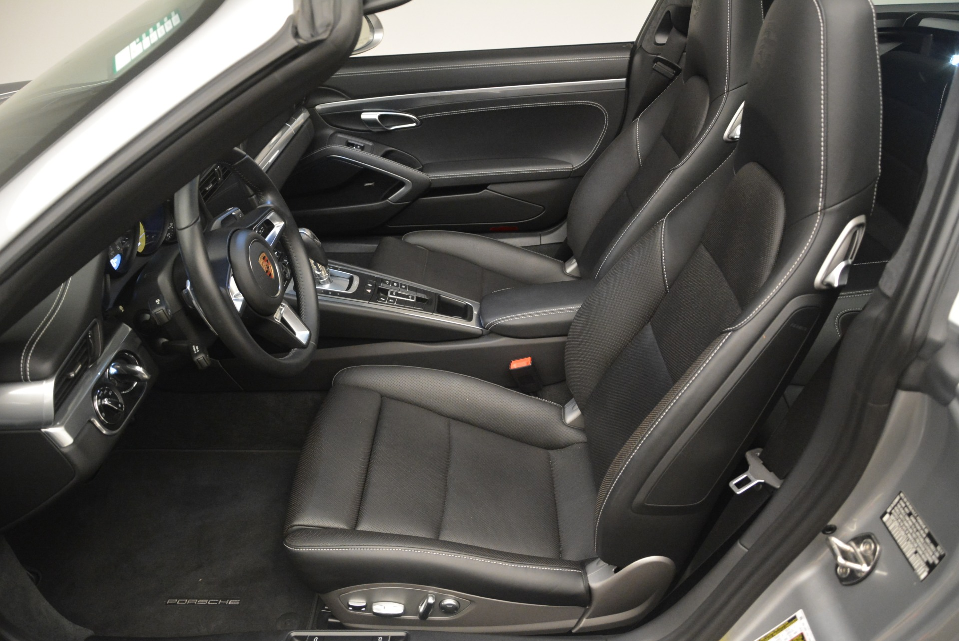 Used 2017 Porsche 911 Targa 4S For Sale In Westport, CT 2282_p31