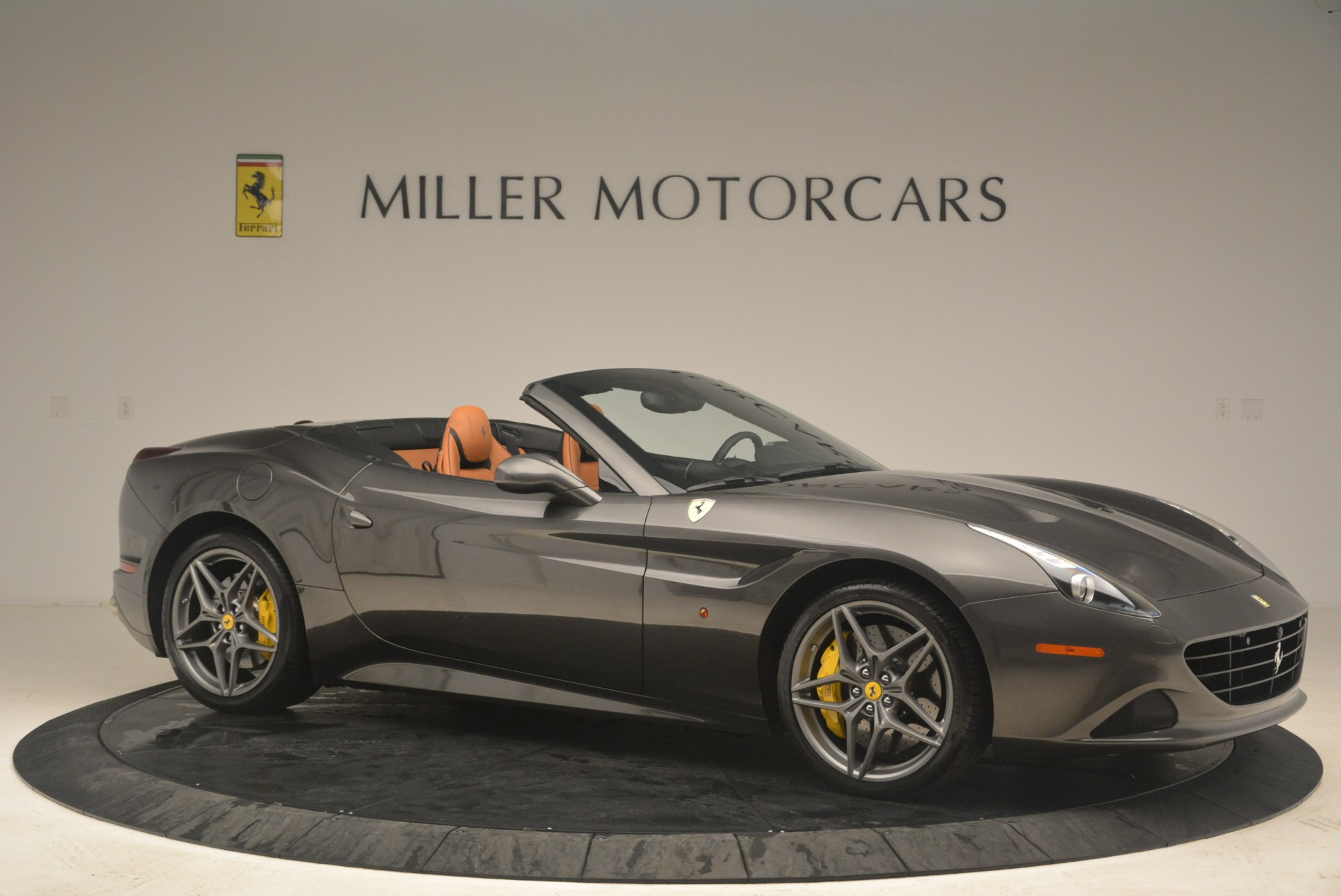 Used 2015 Ferrari California T  For Sale In Westport, CT 2286_p10