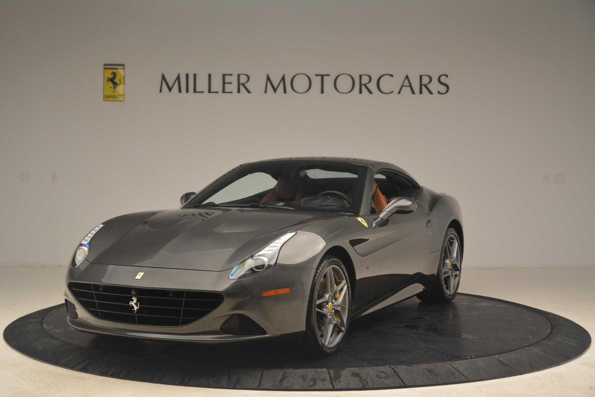 Used 2015 Ferrari California T  For Sale In Westport, CT 2286_p13