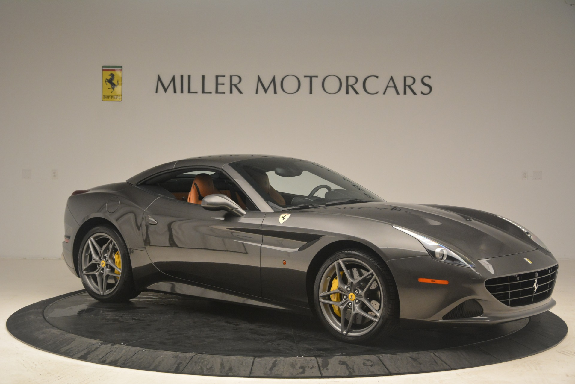 Used 2015 Ferrari California T  For Sale In Westport, CT 2286_p22