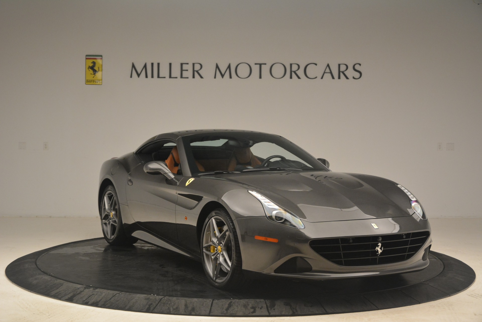 Used 2015 Ferrari California T  For Sale In Westport, CT 2286_p23