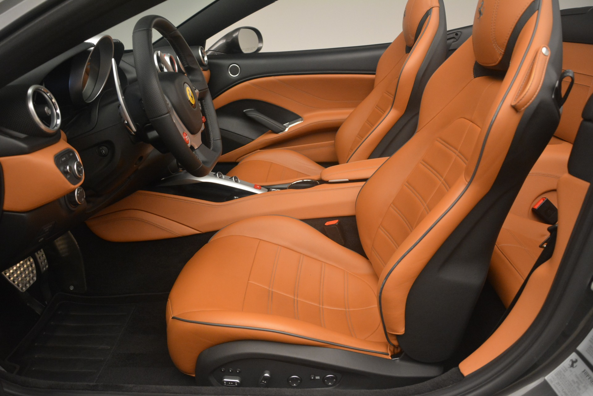 Used 2015 Ferrari California T  For Sale In Westport, CT 2286_p26