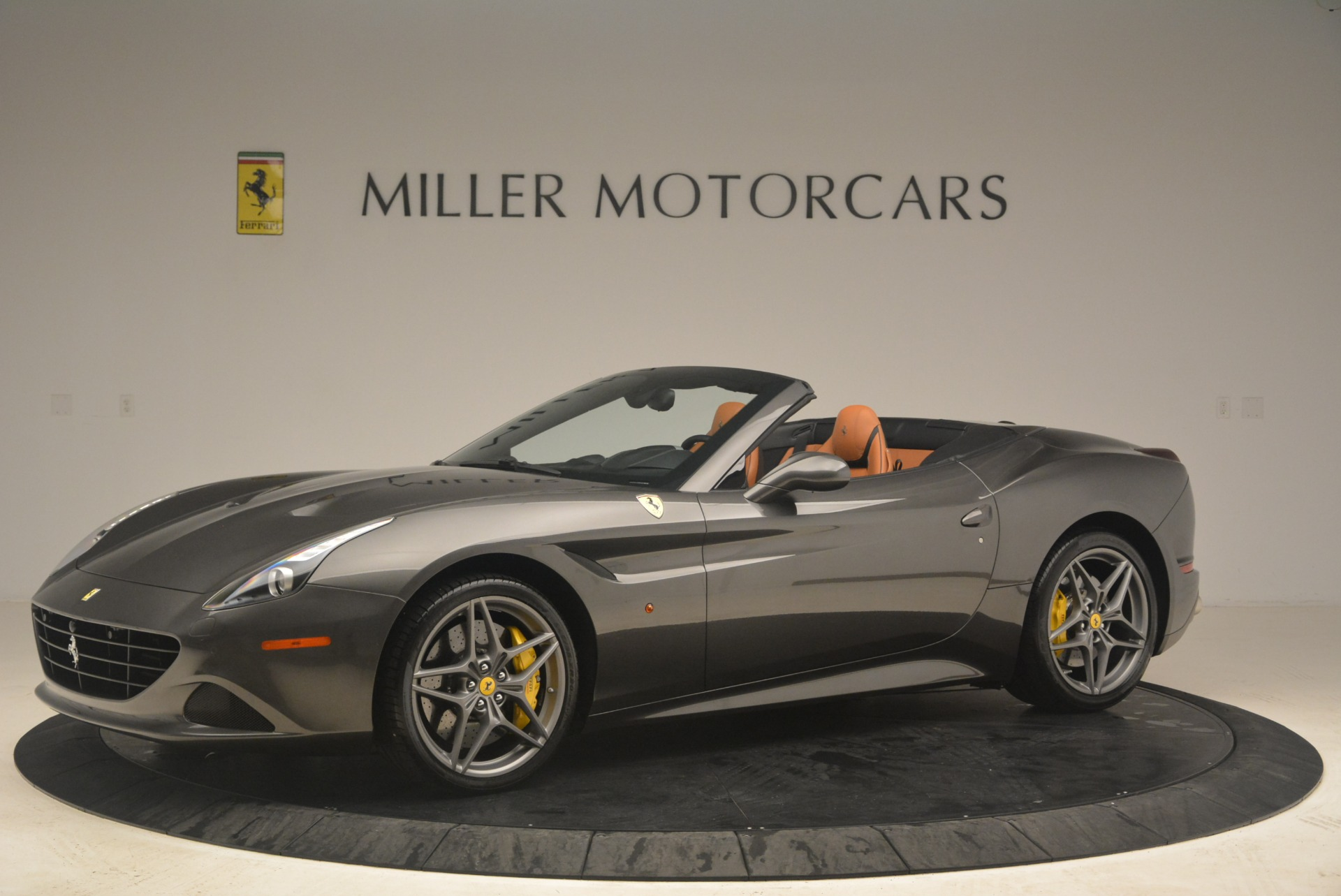 Used 2015 Ferrari California T  For Sale In Westport, CT 2286_p2