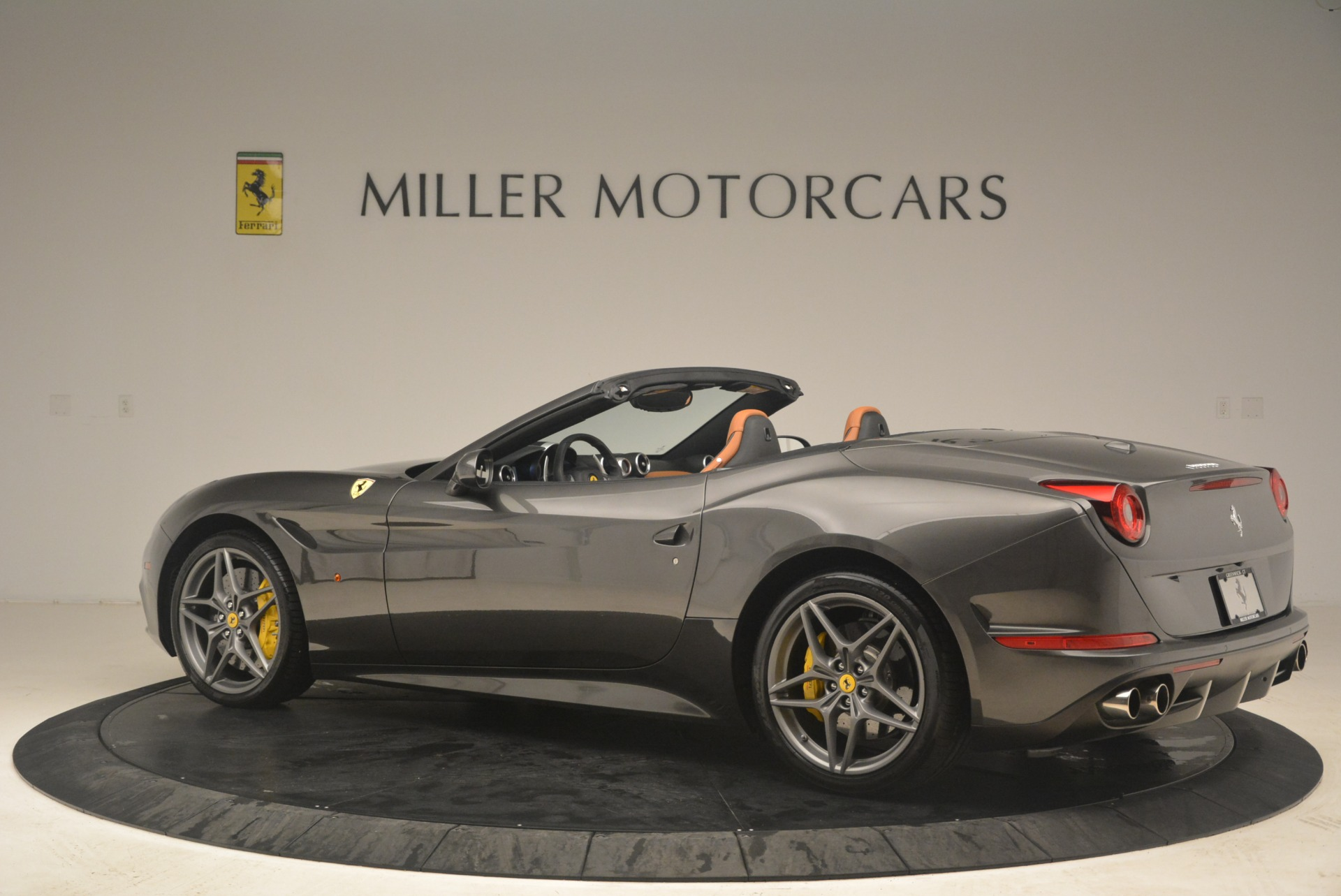 Used 2015 Ferrari California T  For Sale In Westport, CT 2286_p4