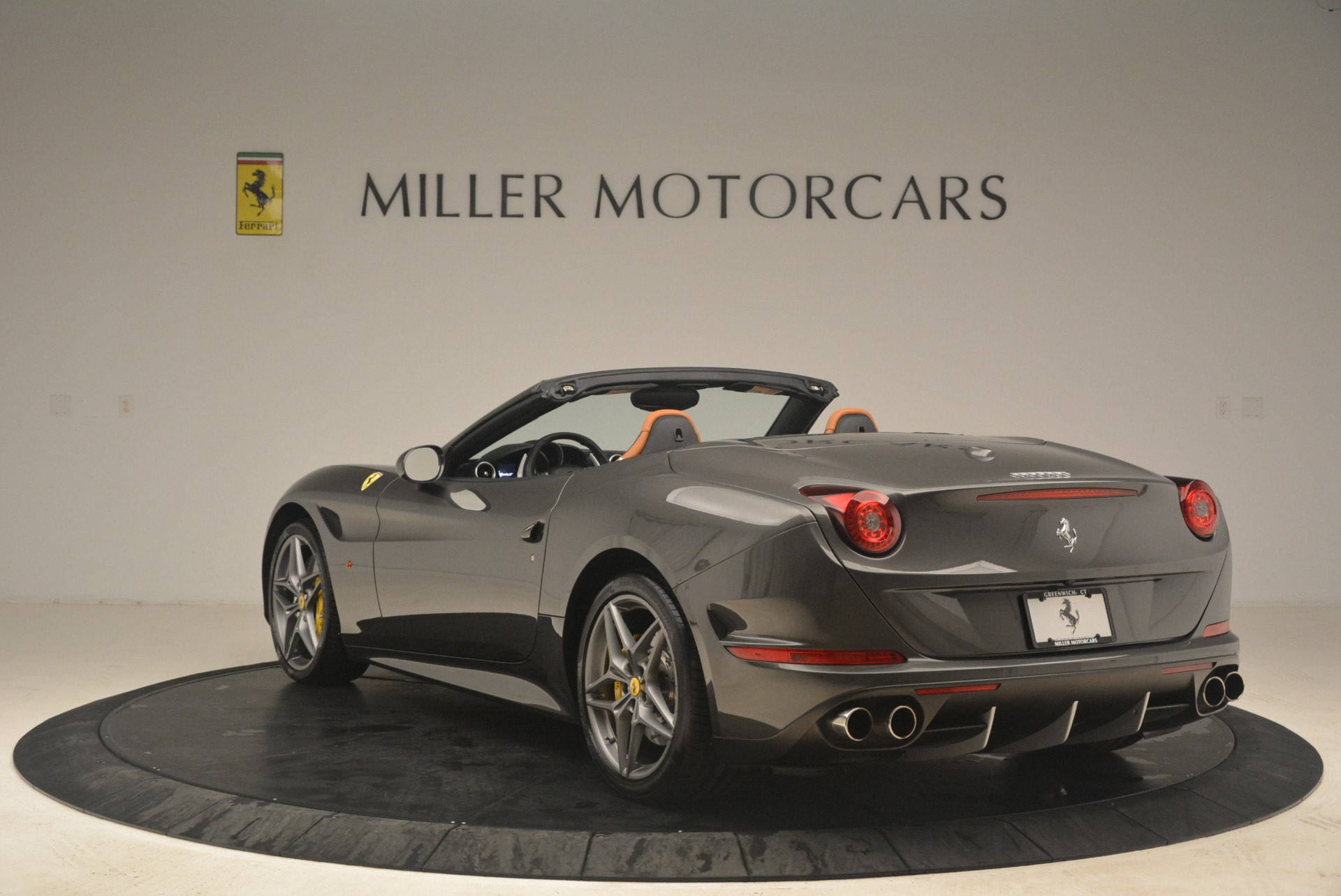 Used 2015 Ferrari California T  For Sale In Westport, CT 2286_p5