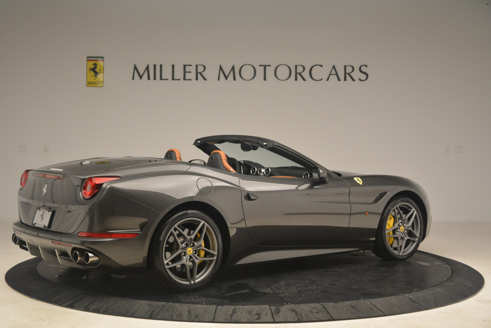 Used 2015 Ferrari California T  For Sale In Westport, CT 2286_p8