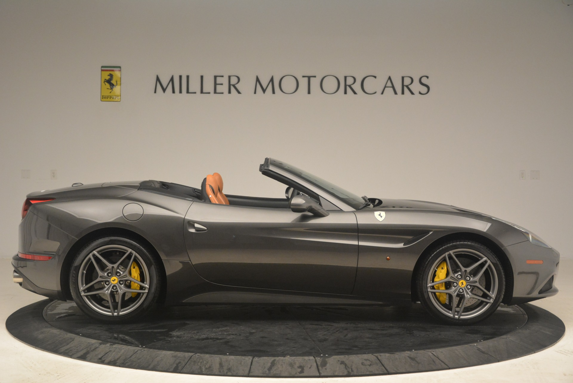Used 2015 Ferrari California T  For Sale In Westport, CT 2286_p9