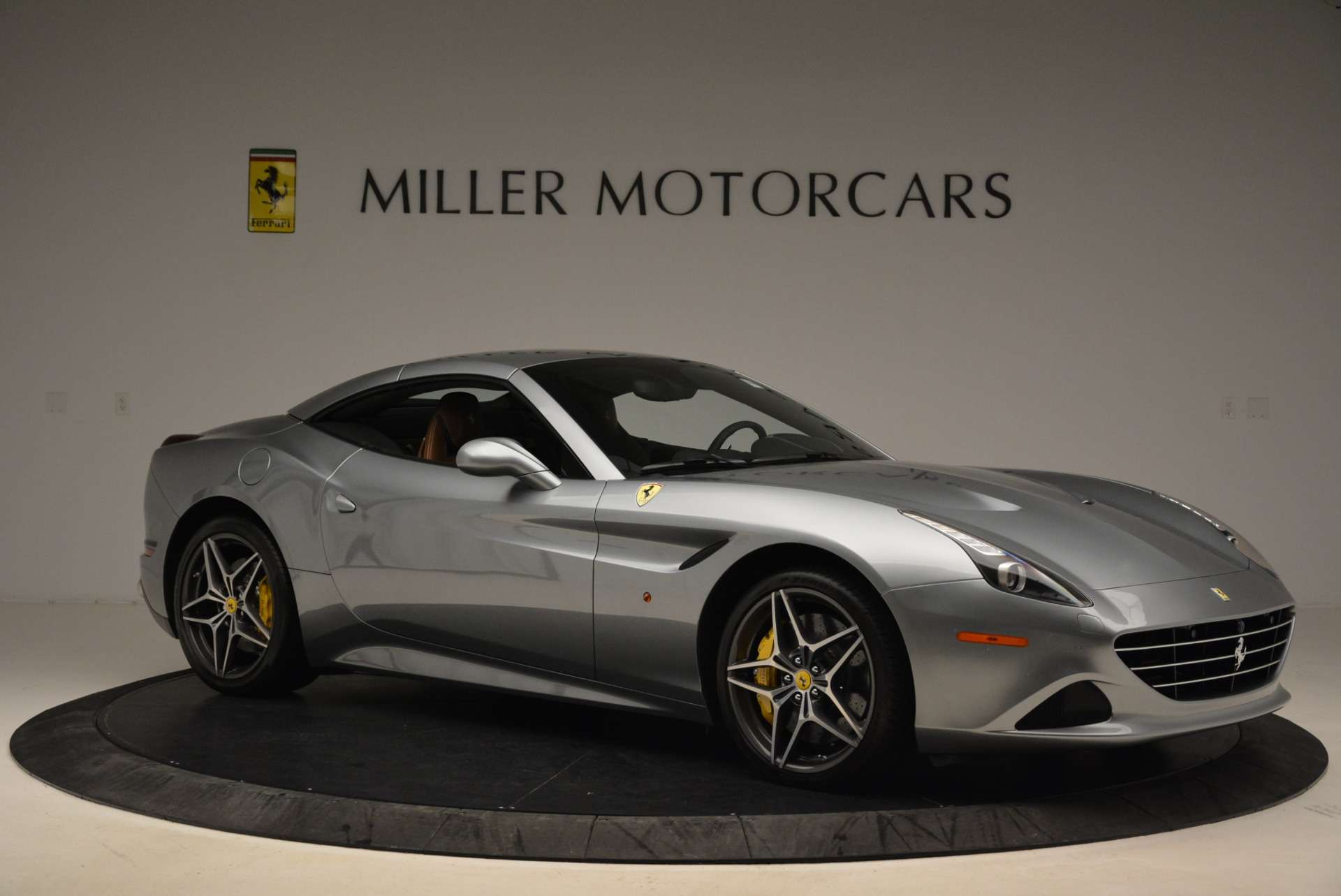 Used 2018 Ferrari California T  For Sale In Westport, CT 2287_p22