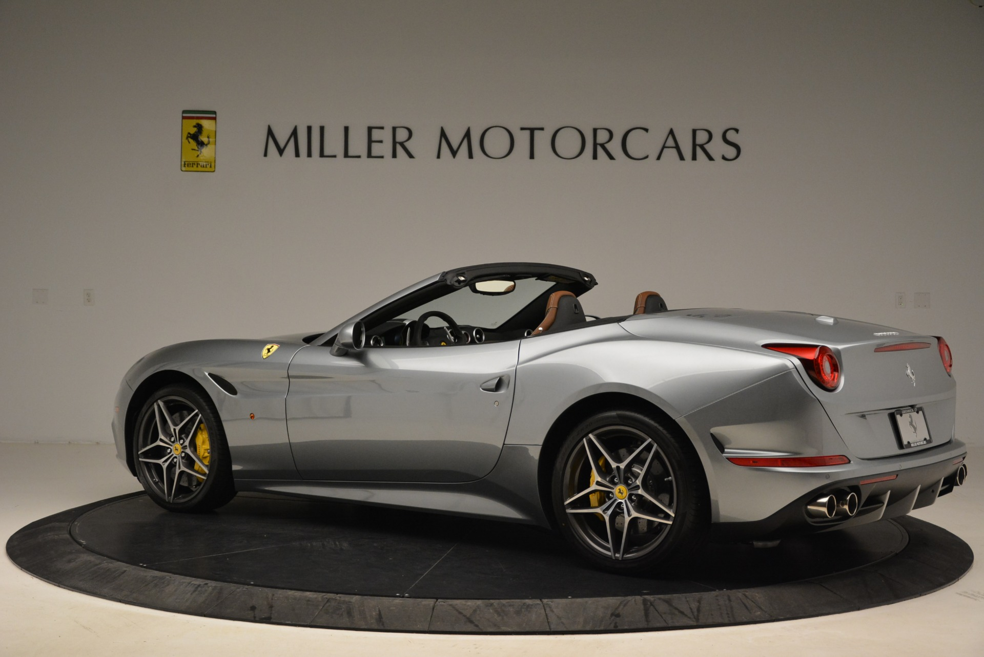 Used 2018 Ferrari California T  For Sale In Westport, CT 2287_p4