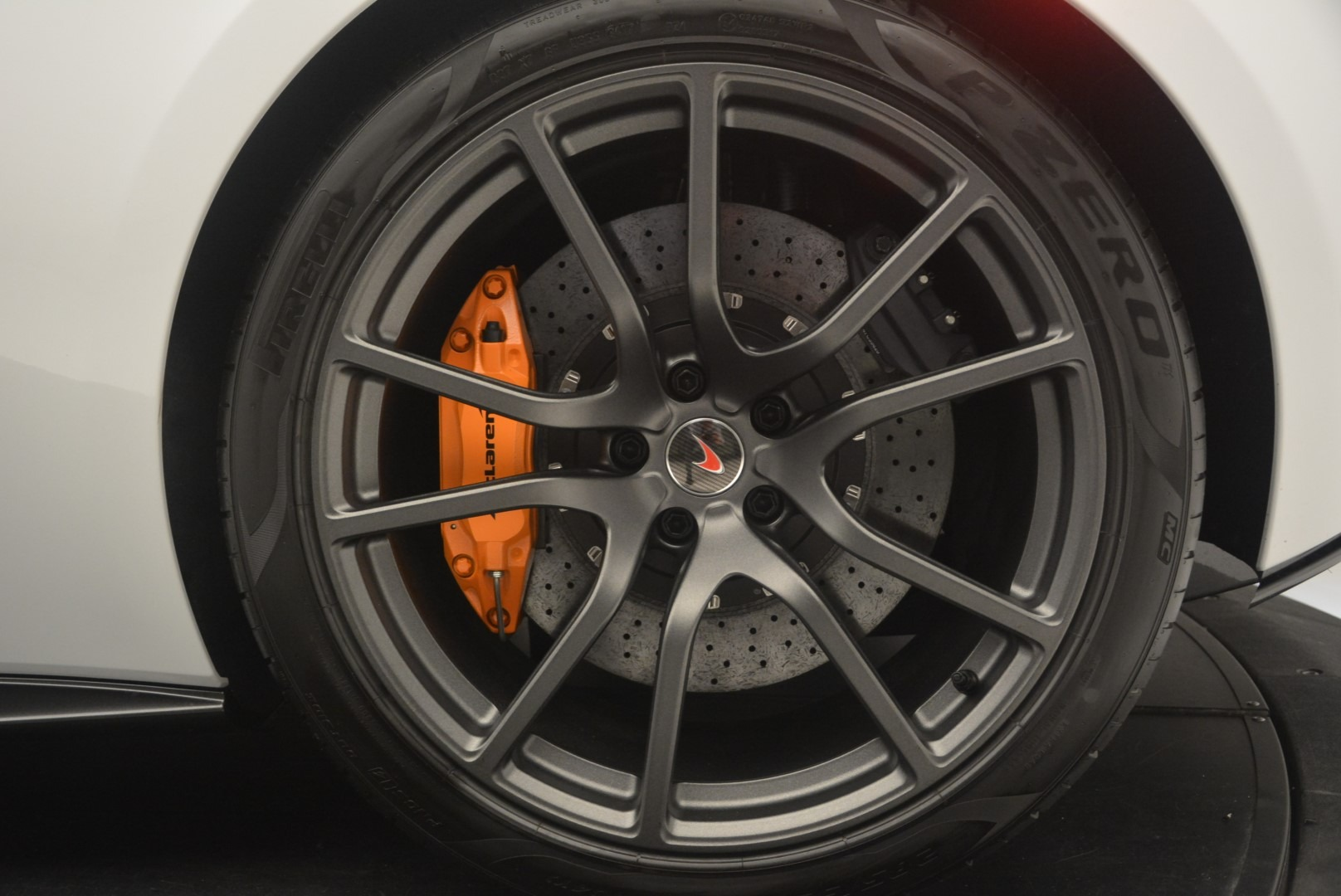 Used 2018 McLaren 570S Track Pack For Sale In Westport, CT 2290_p16