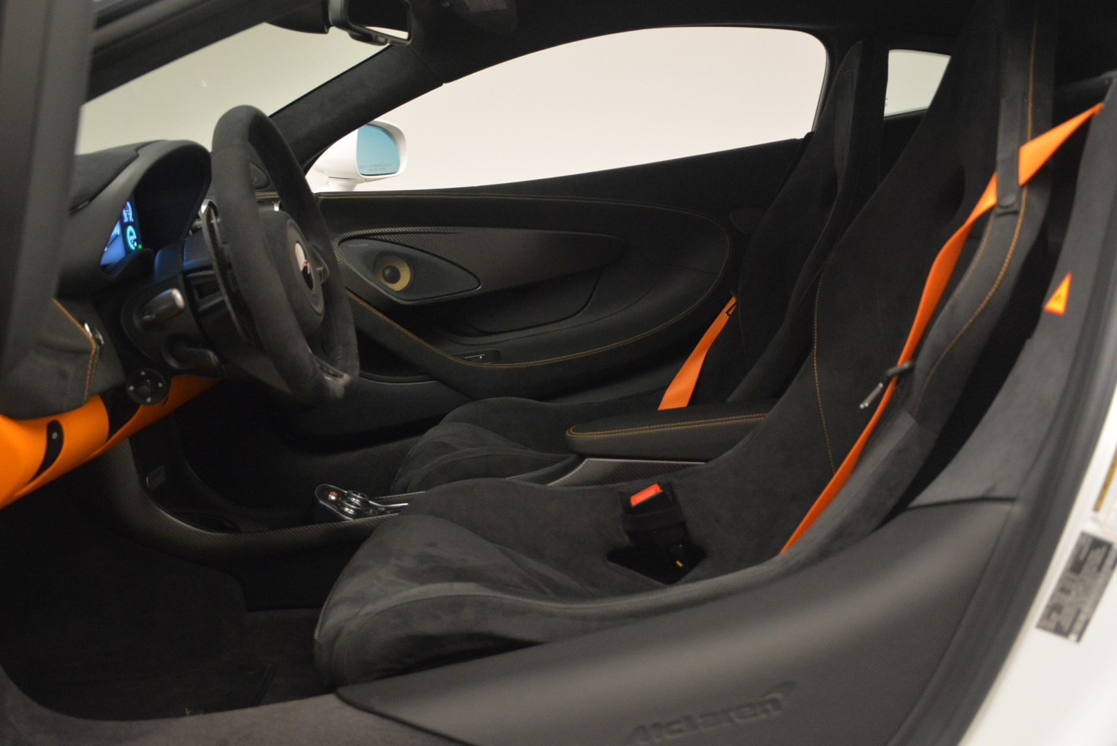 Used 2018 McLaren 570S Track Pack For Sale In Westport, CT 2290_p18