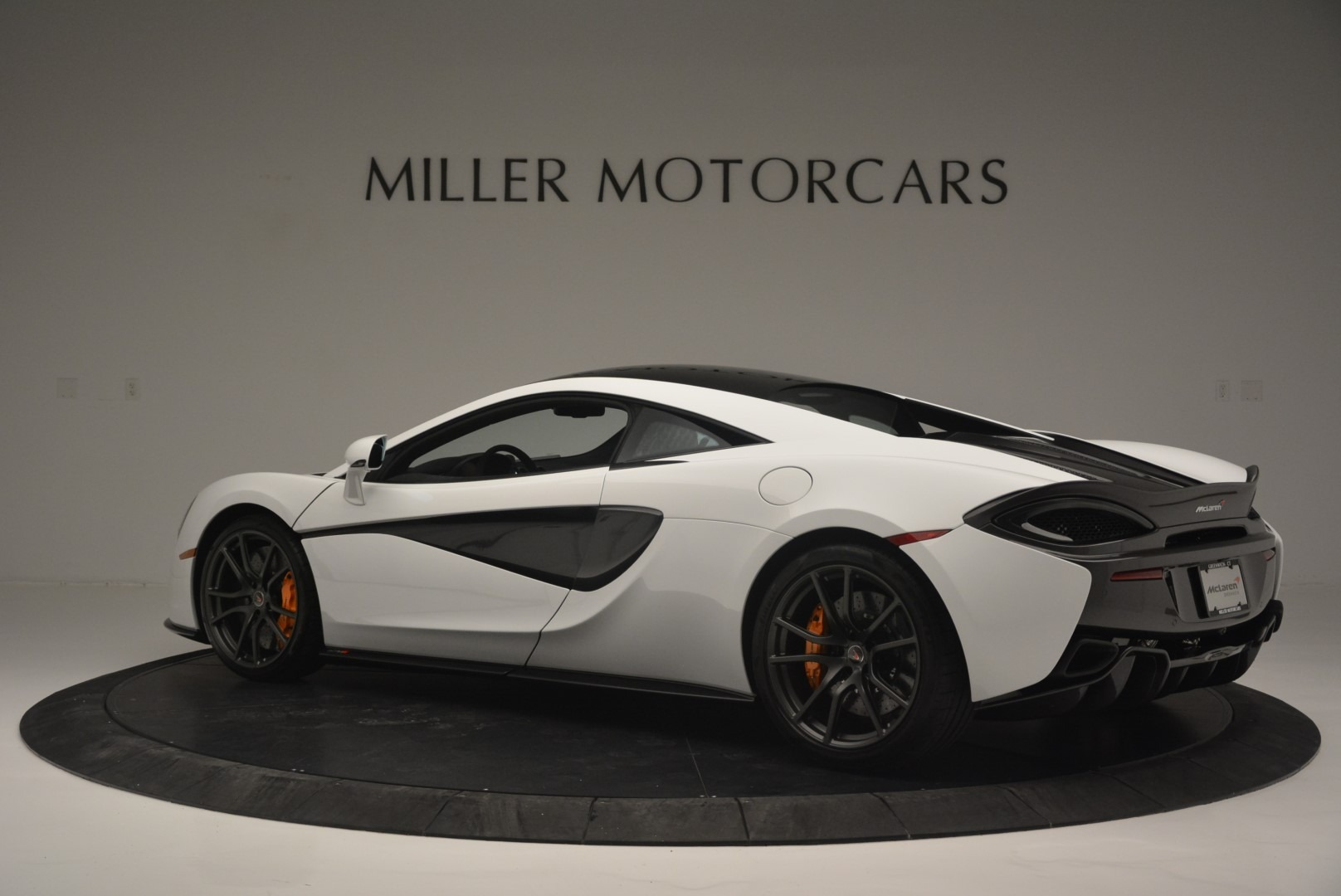 Used 2018 McLaren 570S Track Pack For Sale In Westport, CT 2290_p4