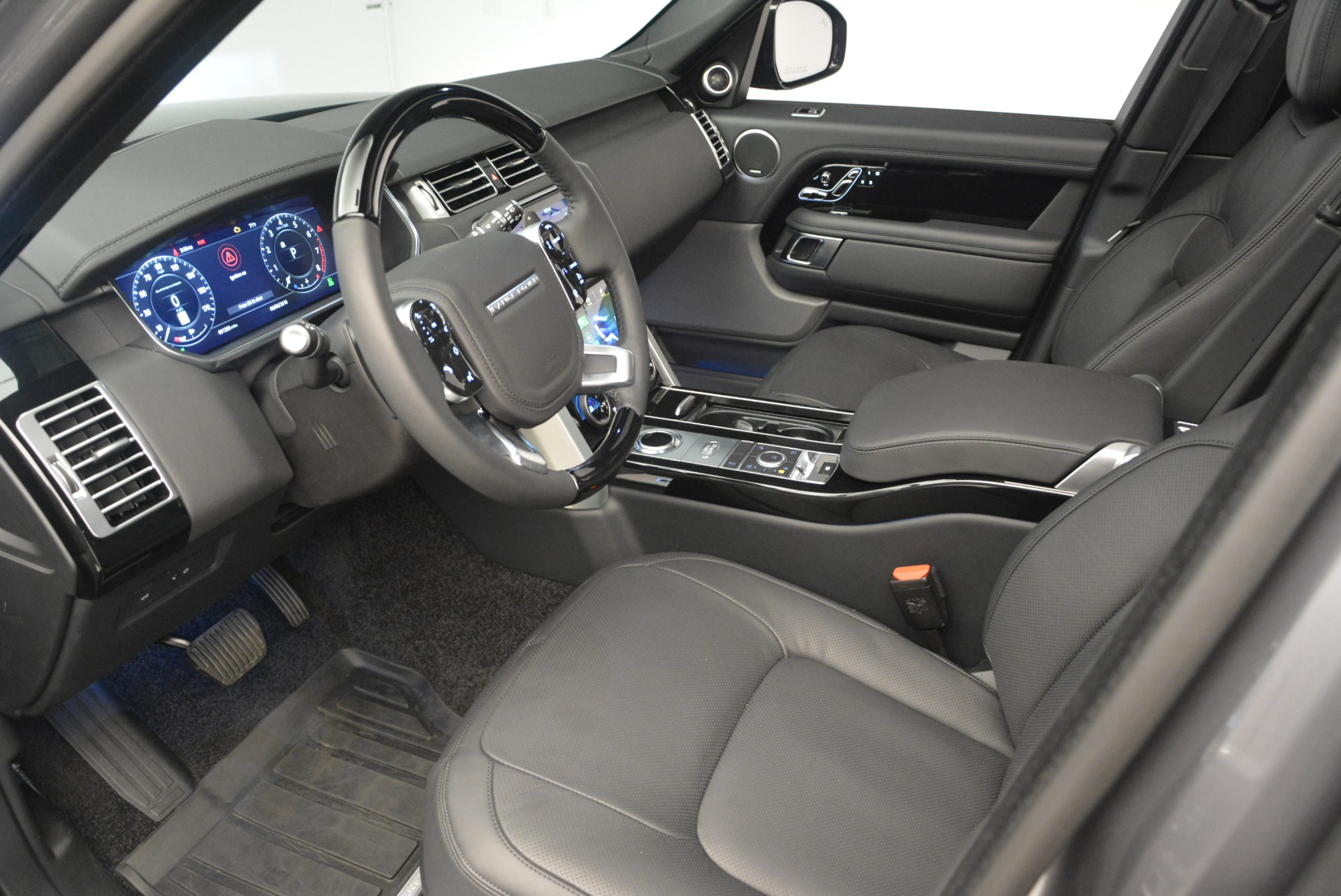 Used 2018 Land Rover Range Rover Supercharged LWB For Sale In Westport, CT 2291_p17