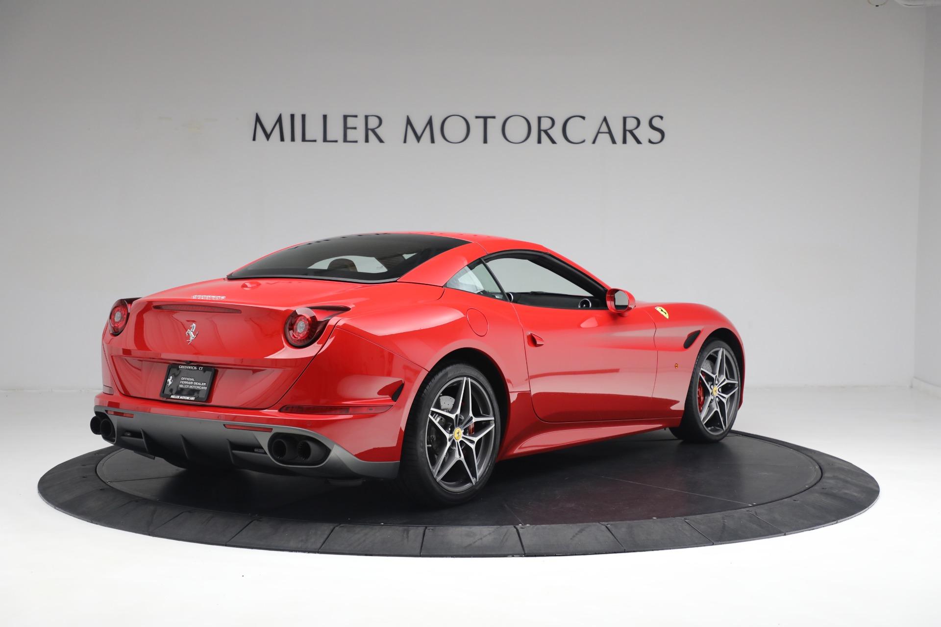 Used 2016 Ferrari California T Handling Speciale For Sale In Westport, CT 2298_p16