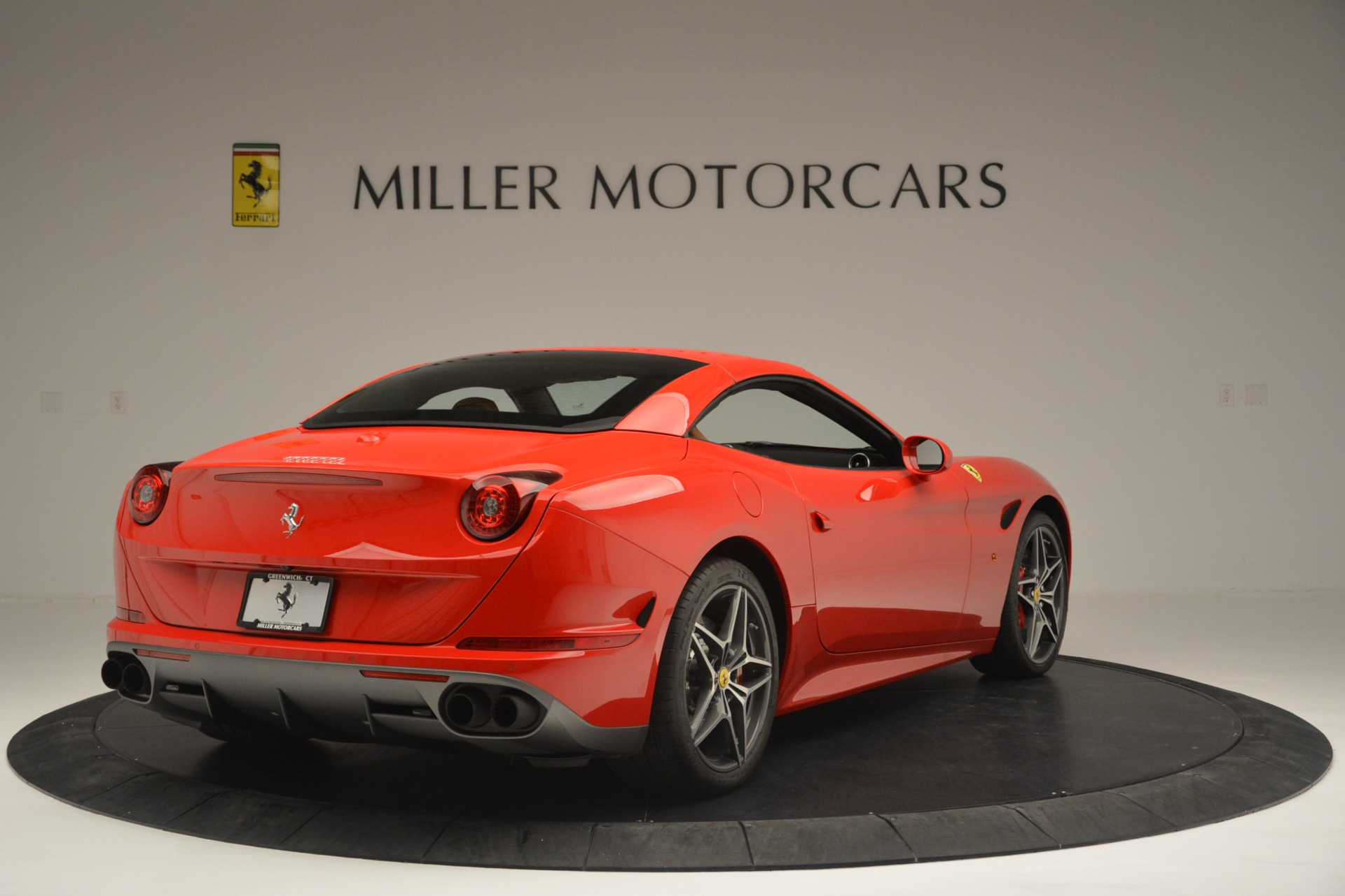 Used 2016 Ferrari California T Handling Speciale For Sale In Westport, CT 2298_p19