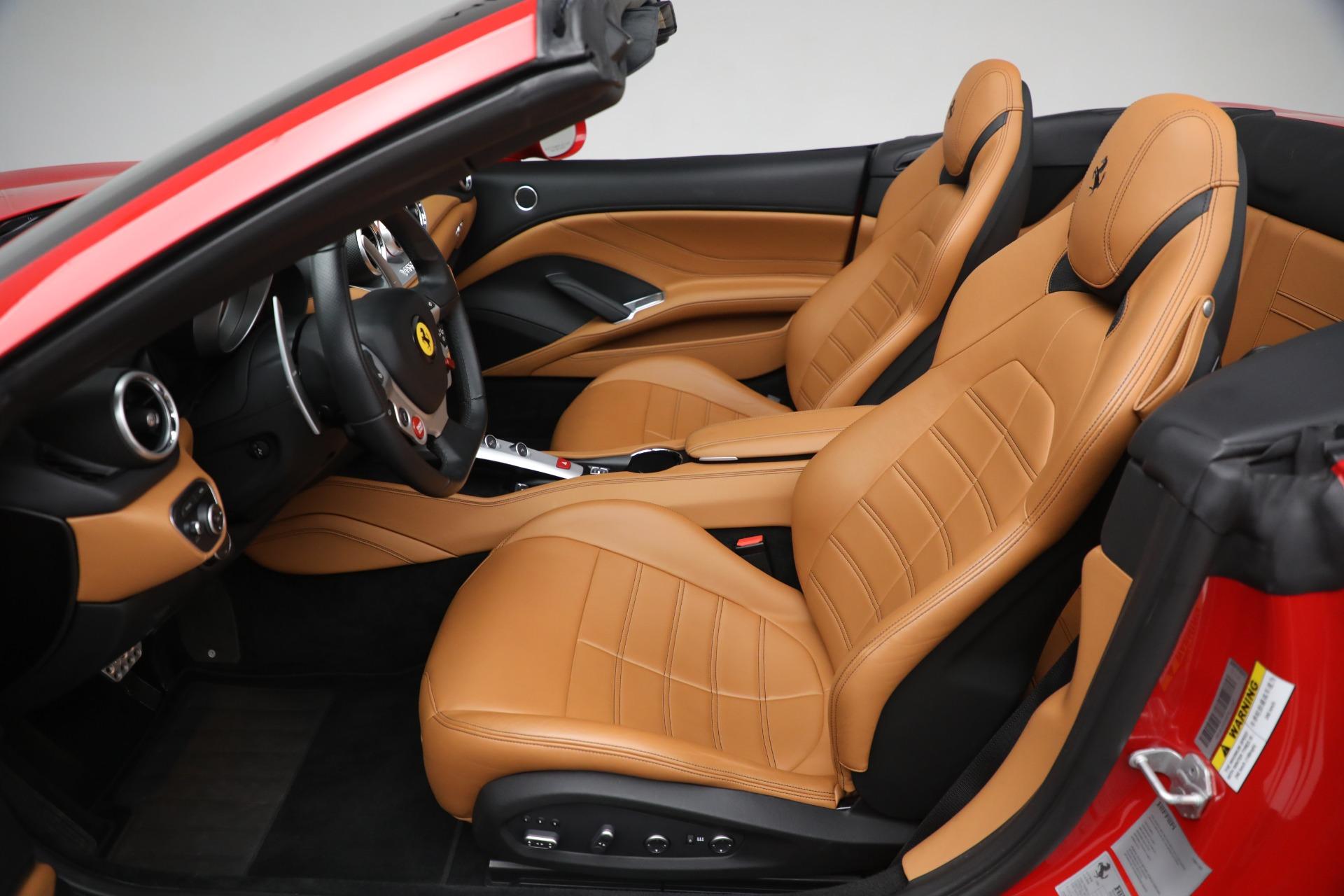 Used 2016 Ferrari California T Handling Speciale For Sale In Westport, CT 2298_p20