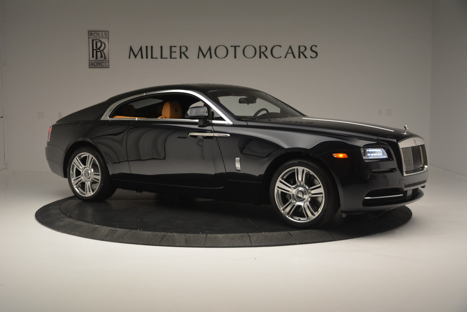 Used 2014 Rolls-Royce Wraith  For Sale In Westport, CT 2305_p10