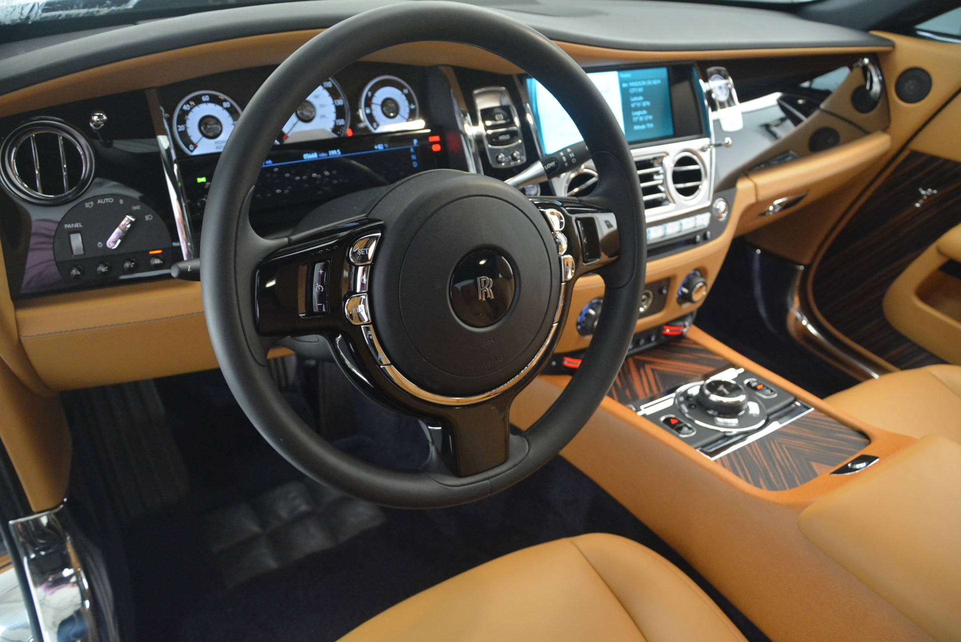 Used 2014 Rolls-Royce Wraith  For Sale In Westport, CT 2305_p20