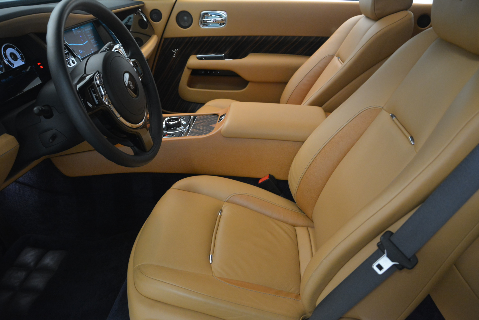 Used 2014 Rolls-Royce Wraith  For Sale In Westport, CT 2305_p21