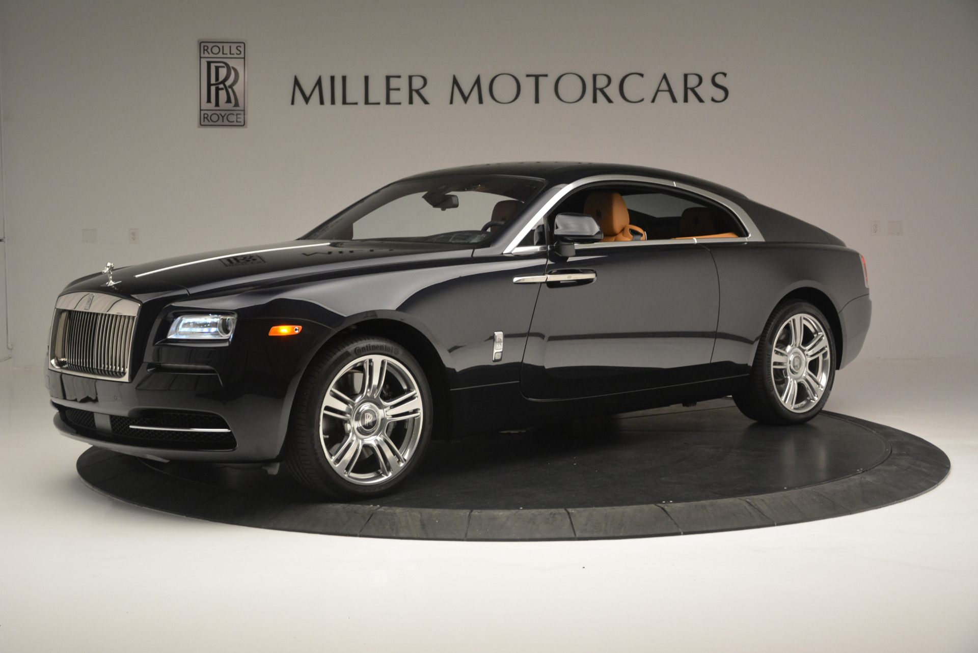 Used 2014 Rolls-Royce Wraith  For Sale In Westport, CT 2305_p2