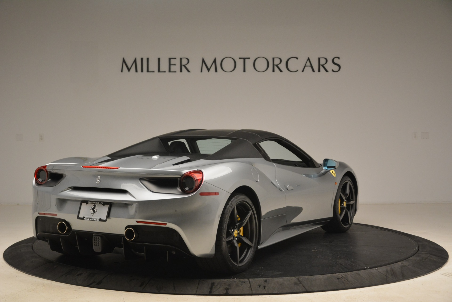 Used 2018 Ferrari 488 Spider  For Sale In Westport, CT 2306_p19