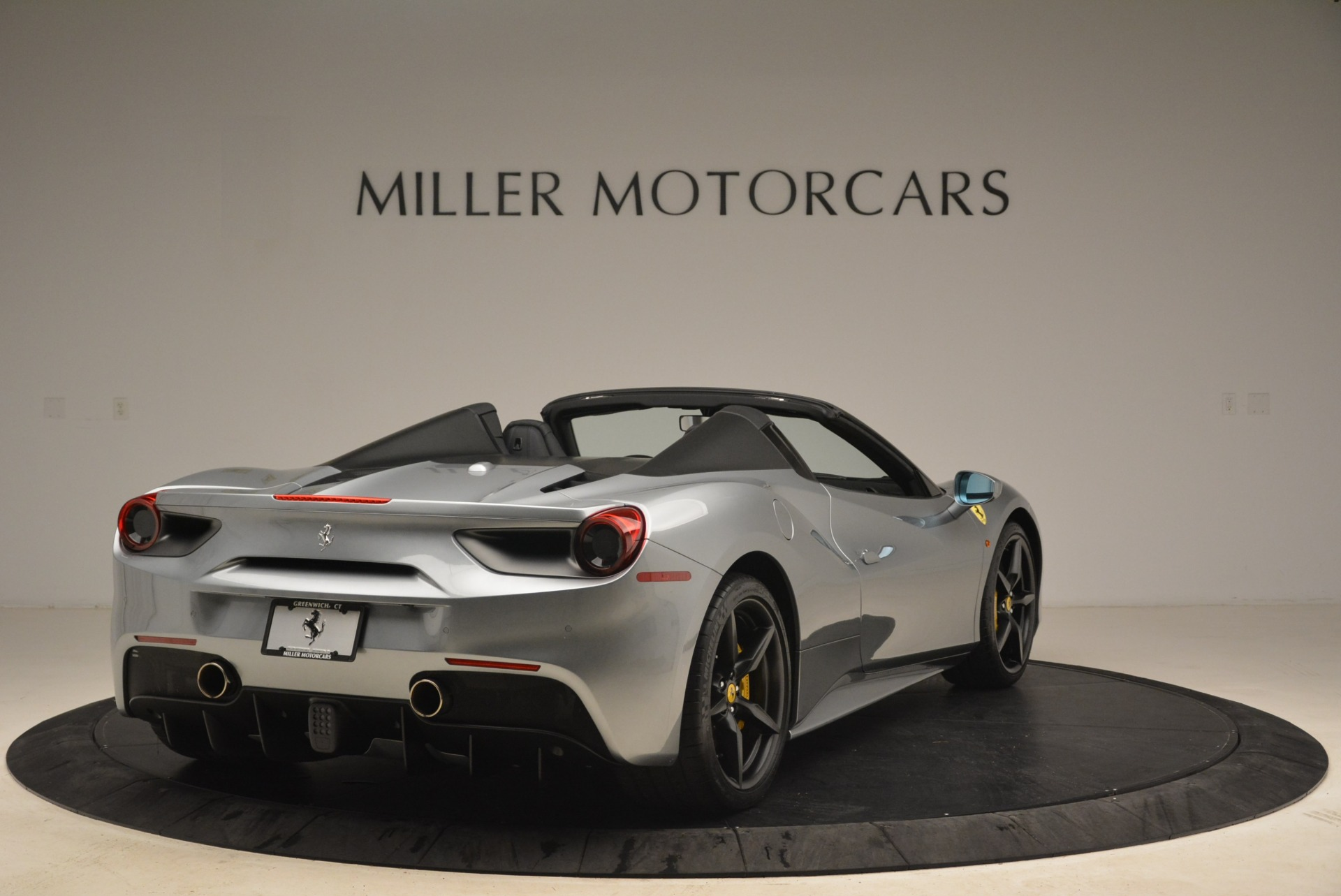 Used 2018 Ferrari 488 Spider  For Sale In Westport, CT 2306_p7